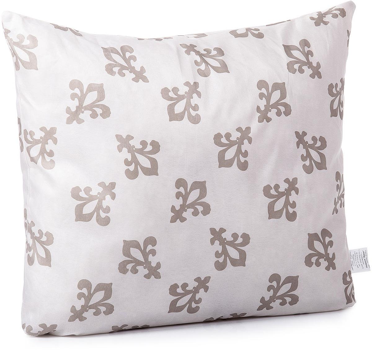 Подушка Тихий час Идеал, цвет: бежевый, белый, горичневый, 50 х 50 смТЧХ 1-7Коллекция синтетических подушек и одеял Идеал отличает высокое качество изделия при оптимальной цене. Наполнитель синтетических одеял и подушек коллекции Идеал — полое силиконизированное волокно, которое на сегодняшний день является самым популярным и экологически чистым наполнителем.Лёгкие в уходе и гигиеничные, эти изделия привлекают длительной износостойкостью и невысокой ценой. Подушки и одеяла Идеал гипоаллергенны. Изделие легко в уходе, возможна бережная стирка.