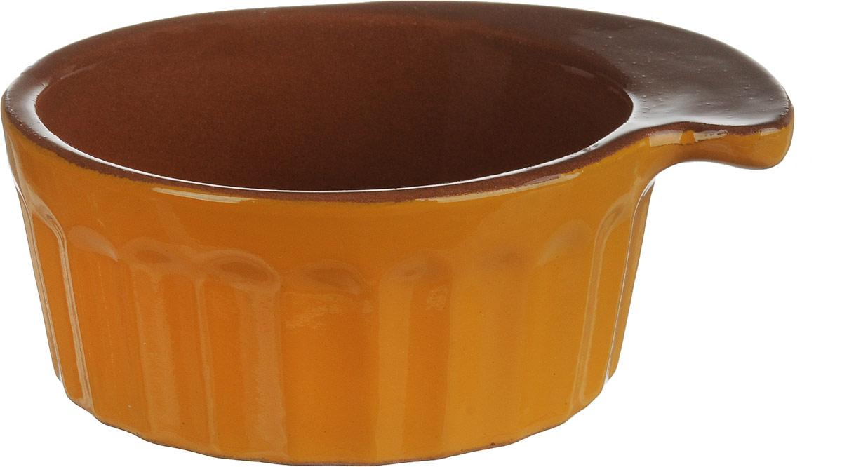Кокотница Борисовская керамика Ностальгия, цвет: желтый, коричневый, 200 мл. РАД14457899РАД14457899_желтый, коричневыйГраненая форма кокотницы Борисовская керамика Ностальгия никого неоставляет равнодушным. Она выполнена из высококачественной керамики иоснащена крышкой. В кокотнице можно удобно запекать кексы, делать жульены.Она отлично подойдет для сервировки стола и подачи блюд. Кокотницу можноиспользовать как порционно, так и для подачи приправ, острых соусов и другого. Подходит для использования в микроволновой печи и духовке. Размер (по верхнему краю): 12 х 10 см. Высота (без учета крышки): 4,5 см.