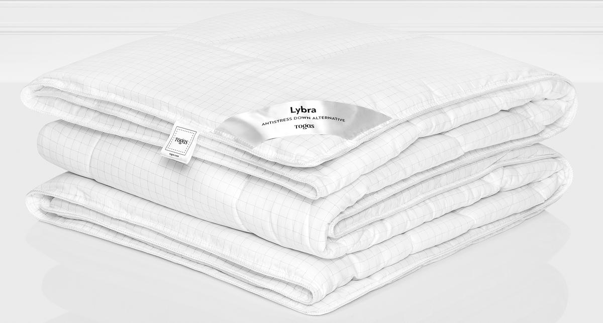 Одеяло Togas Либра, наполнитель: микрофайбер, цвет: белый, 220 x 240 см20.04.12.0128Либра одеяло. Наполнитель: Микрофайбер.Состав: чехол: 100% микрофибра с ионами серебра 240ТС; наполнитель: 100% микрофайбер синтетический пух 260гр/м2.Комплектация: 1 одеяло.Размер: 220 x 240 см. Уход: может применяться машинная стирка при температуре не выше 30 C, не отбеливать, не гладить, сухая чистка, сушить при низких температурах.