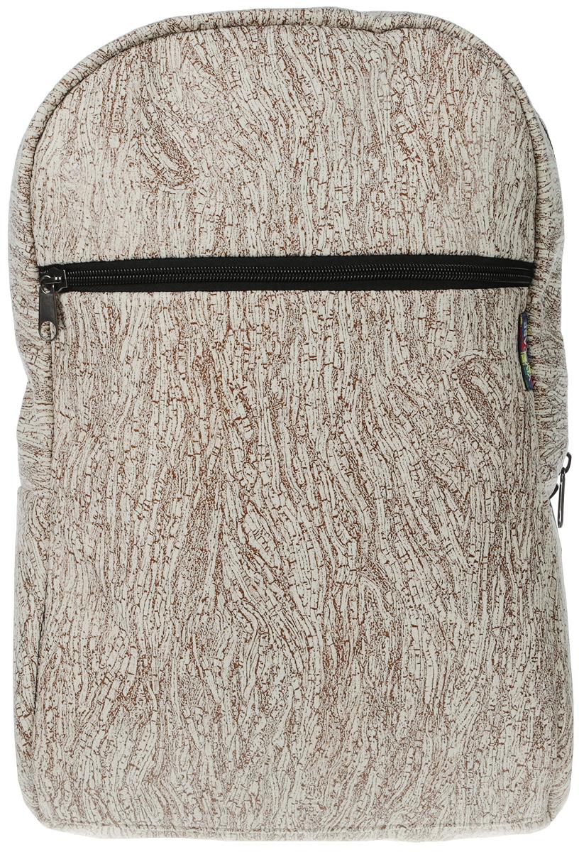 Vivacase Birch, Brown рюкзак для ноутбука 15,6VCN-BBR15-brРюкзак Vivacase Birch для ноутбуков диагональю 15,6 дюймов стильный и эргономичный. Дизайн неизбежно привлечет внимание и поможет его владельцу выделиться из толпы.Рюкзак для ноутбука сшит из бархатистой мебельной ткани устойчивой к загрязнениям и истиранию. Не стоить бояться, что изделие быстро потеряет товарный вид. При его изготовлении используются только качественные материалы от проверенных поставщиков. Рюкзаку не страшны ни грязь, ни осадки благодаря специальной водо - и грязеотталкивающей пропитке. Его достаточно протереть влажной тряпочкой, чтобы избавиться от пятен.Основа рюкзака - специальный пористый противоударный материал двойного сложения, который отлично защищает ноутбук от тряски в дороге и механических повреждений.