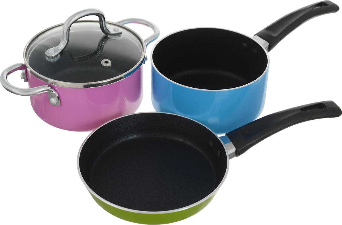 Набор посуды Cs-Kochsysteme Neuss Mini, цвет: розовый, зеленый, голубой, 4 предмета36812_розовый, зеленый, голубойНабор посуды Cs-Kochsysteme Neuss Mini изготовлен из высококачественного алюминия с антипригарным покрытием. Набор состоит из 4предметов: кастрюля с крышкой, ковш, сковорода, упакованные в подарочную коробку.Можно мыть в посудомоечной машине. Сковорода: диаметр 14 см, высота 5 см;ковш: объём 0,5 л, диаметр 12 см, высота 6 см;кастрюля: объём 0,5 л, диаметр 12 см, высота 6 см.