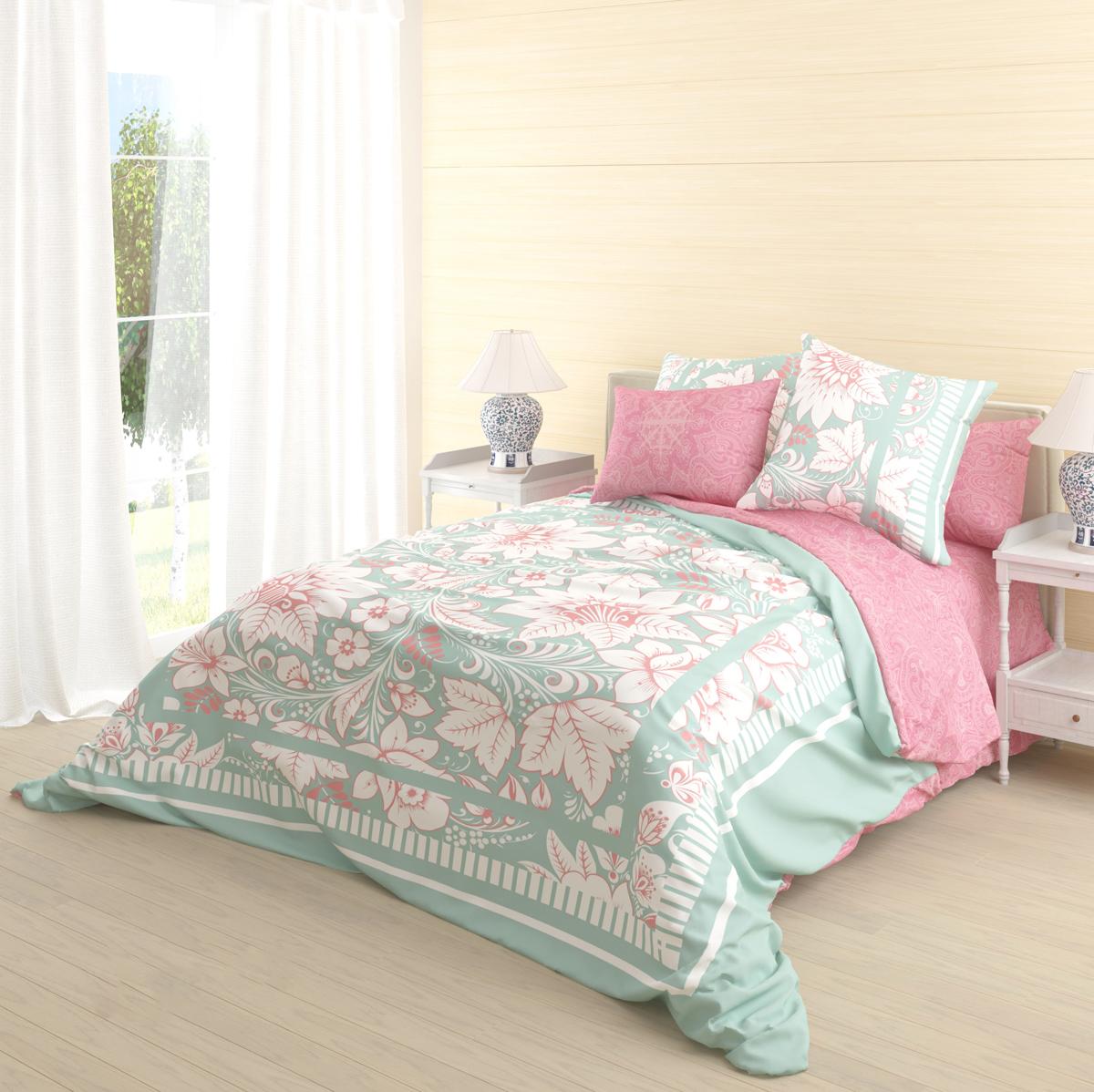 """Роскошный комплект постельного белья Волшебная ночь """"Biruza"""" выполнен из натурального ранфорса (100% хлопка) и оформлен оригинальным рисунком. Комплект состоит из пододеяльника, простыни и двух наволочек.   Ранфорс - это новая современная гипоаллергенная ткань из натуральных хлопковых волокон, которая прекрасно впитывает влагу, очень проста в уходе, а за счет высокой прочности способна выдерживать большое количество стирок. Высочайшее качество материала гарантирует безопасность."""