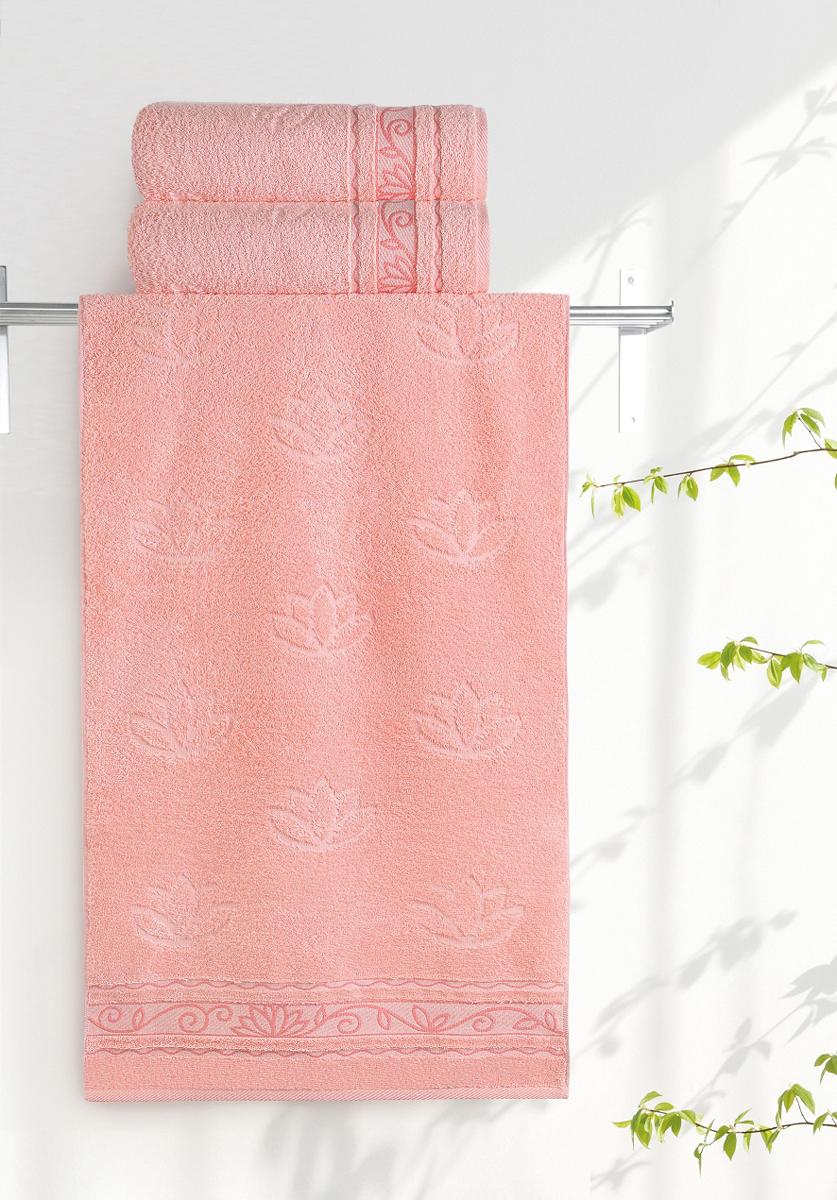 """Махровое полотенце Aquarelle """"Лотос"""" неотъемлемая часть повседневного быта, оно создает дополнительные акценты в ванной комнате. Продукция производится из высококачественных материалов."""
