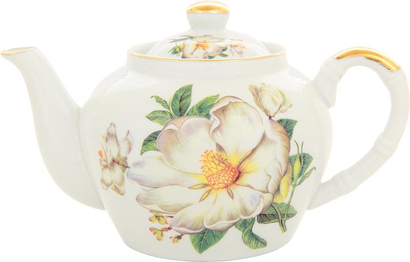 """Изысканный заварочный чайник Elan Gallery """"Белый шиповник"""" изготовлен из  высококачественного фарфора. Благодаря красивому  утонченному дизайну и качеству исполнения он станет хорошим подарком друзьям и близким.Не  рекомендуется применять абразивные моющие средства.  Объем: 700 мл."""
