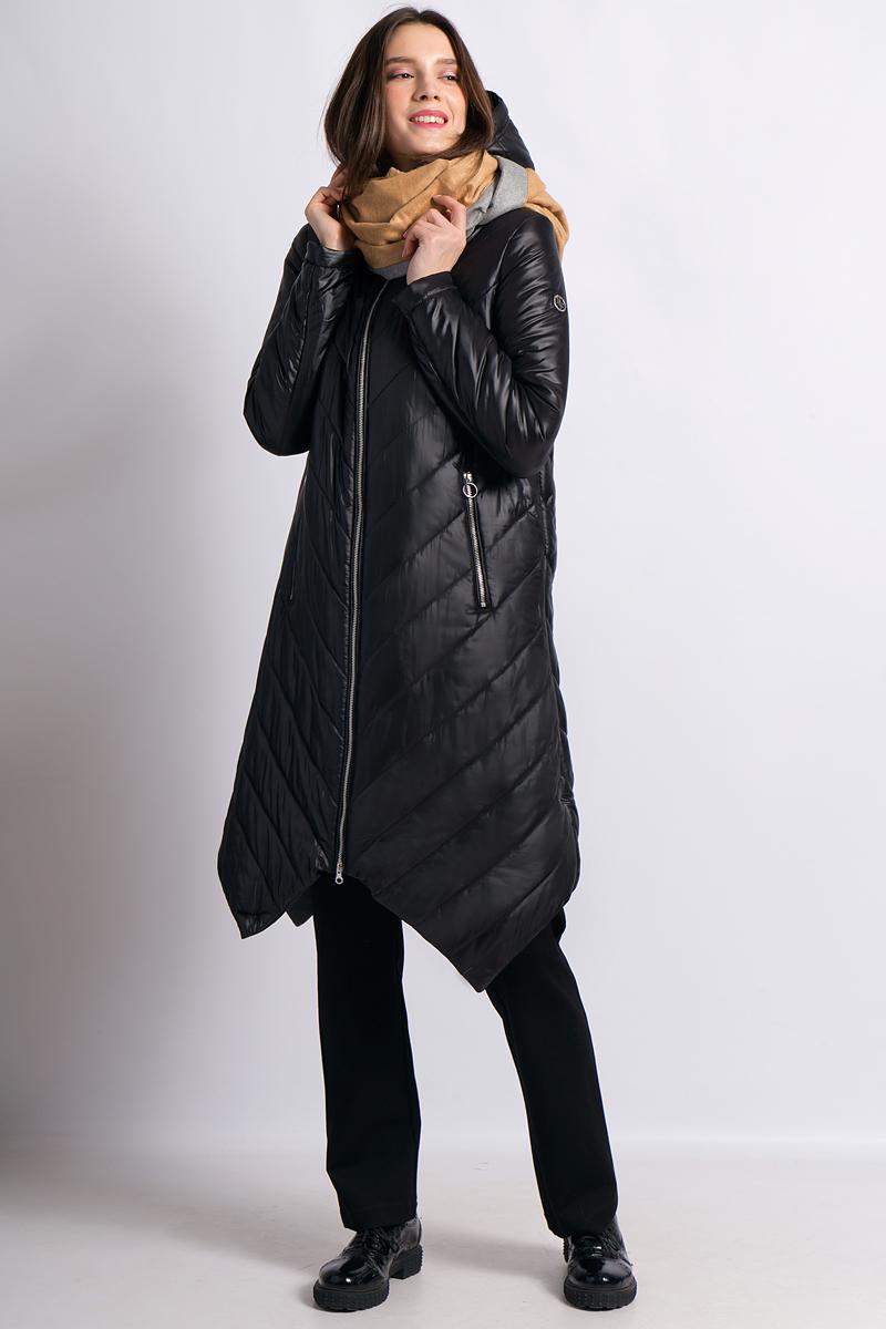Пальто женское Finn Flare, цвет: черный. B18-32011_200. Размер M (46)B18-32011_200Удобное женское пальто Finn Flare согреет вас в прохладную погоду и позволит выделиться из толпы. Модель сдлинными рукавами и воротником-стойкой выполнена из прочного полиэстера, застегивается на молнию спереди. Пальто имеет съемный капюшон на кнопках, объем которого регулируется при помощи шнурка-кулиски со стопперами. Изделие дополнено двумя карманами на молнии. Наполнитель надежно сохранит тепло, благодаря чему такое пальтозащитит вас от ветра и холода.Это модное и в то же время комфортное пальто - отличный вариант для прогулок, оно подчеркнет ваш изысканныйвкус и поможет создать неповторимый образ.