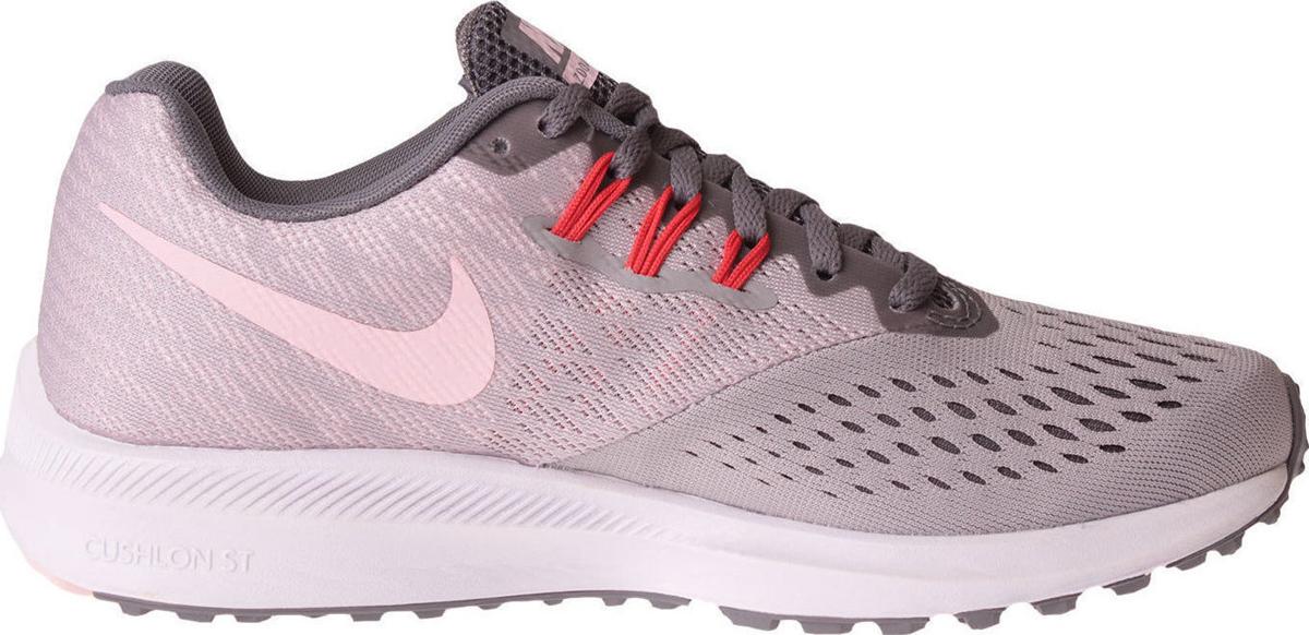 Кроссовки для бега женские Nike Air Zoom Winflo 4, цвет: серый. 898485-010. Размер 6,5 (36,5)898485-010Женские беговые кроссовки Air Zoom Winflo 4 от Nike с адаптивной амортизацией и обновленным верхом из сетки Engineered Mesh с видимой технологией Flywire обеспечивают идеальную посадку. Адаптивная сетка Engineered Mesh в передней части стопы для воздухопроницаемости и поддержки. Вставка Zoom Air обеспечивает непревзойденную защиту от ударных нагрузок. Литой боковой барьер из материала Cushlon для плавного перехода с пятки на носок. Жаккардовый трикотаж в средней части стопы и на пятке обеспечивает стабилизацию и воздухопроницаемость без утяжеления. Полноразмерная вставка из твердой резины в вафельной подметке обеспечивает уверенное сцепление на любых поверхностях. Обновленный защитный барьер Crashrail из материала Cushlon по краям подметки действует как амортизатор при контакте с поверхностью и обеспечивает более мягкий и плавный переход с пятки на носок, чем предыдущие модели. Перепад подошвы: 10 мм. Колодка: MR-10.