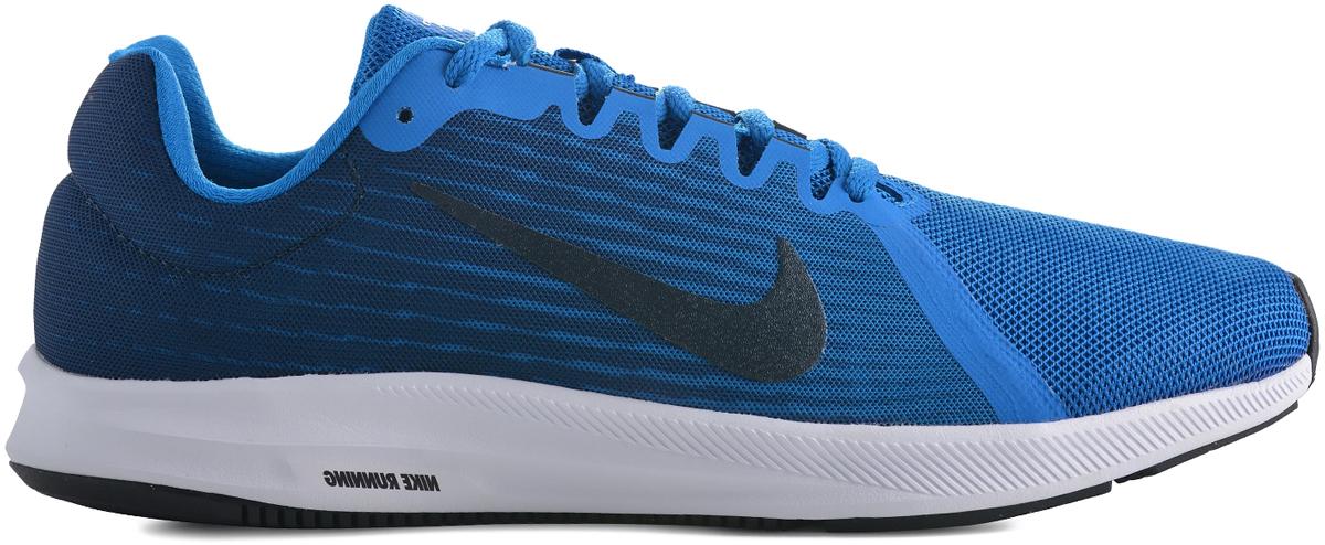 Кроссовки для бега мужские Nike Downshifter 8, цвет: синий. 908984-401. Размер 8,5 (41)908984-401Mens Nike Downshifter 8 Running Shoe Мужские беговые кроссовки Nike Downshifter 8 в минималистичном стиле выполнены из легкой однослойной сетки с обновленной амортизирующей стелькой, еще более мягкой, чем в предыдущих версиях. В сочетании с ремешком в области свода стопы, объединенным со шнурками, это обеспечивает индивидуальную посадку и плавный переход с пятки на носок. Верх из легкой сетки обеспечивает вентиляцию и комфорт. Регулируемый ремешок в области свода стопы обеспечивает индивидуальную посадку. Обновленная промежуточная подошва для мягкой и упругой амортизации. Рельефная конструкция внутренней части для безупречной посадки и удобного обувания. Эластичная полноразмерная подошва из материала Phylon обеспечивает упругую и легкую амортизацию, ее обновленная версия превосходит предшествующие по мягкости. Перепад: 10 мм (носок 13 мм, пятка 23 мм)Вес: 241 г (мужской размер 10)Колодка: MR-10