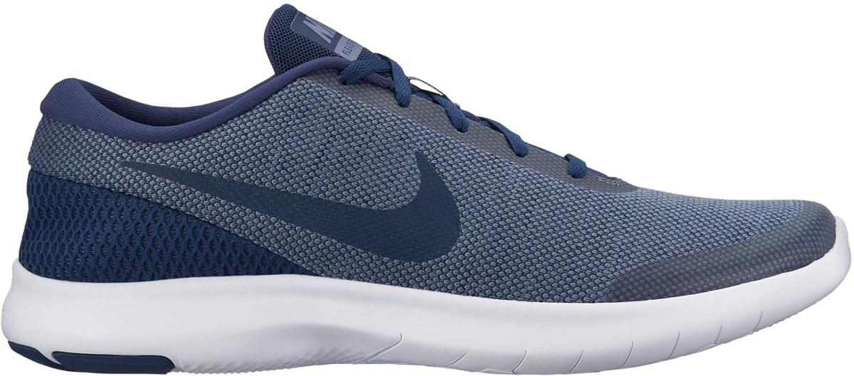 Кроссовки для бега мужские Nike Flex Experience RN 7, цвет: синий. 908985-400. Размер 9 (41,5)908985-400Мужские беговые кроссовки Flex Experience RN 7 от Nike обеспечивают плотную посадку и гибкость благодаря пятке с яркой сеткой спейсер и мягкому трикотажу в области мыска. Шестигранные эластичные желобки протектора обеспечивают гибкость и естественность движений. Трикотаж с меланжевым эффектом обеспечивает комфорт и вентиляцию без утяжеления. Скругленная пятка для естественной свободы движений. Сетка спейсер в районе пятки повторяет форму стопы для естественной посадки и добавляет цветовой акцент. Текстурированная подошва обеспечивает дополнительное сцепление и прочность. Колодка: QD-39. Перепад высоты: 8 мм.