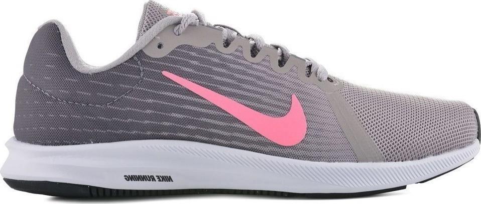 Кроссовки для бега женские Nike Downshifter 8, цвет: серый. 908994-004. Размер 7,5 (37,5)908994-004Женские беговые кроссовки Downshifter 8 от Nike в минималистичном стиле выполнены из легкой однослойной сетки с обновленной амортизирующей стелькой, еще более мягкой, чем в предыдущих версиях. В сочетании с ремешком в области свода стопы, объединенным со шнурками, это обеспечивает индивидуальную посадку и плавный переход с пятки на носок. Верх из легкой сетки обеспечивает вентиляцию и комфорт. Регулируемый ремешок в области свода стопы обеспечивает индивидуальную посадку. Обновленная промежуточная подошва для мягкой и упругой амортизации. Рельефная конструкция внутренней части для безупречной посадки и удобного обувания. Эластичная полноразмерная подошва из материала Phylon обеспечивает упругую и легкую амортизацию, ее обновленная версия превосходит предшествующие по мягкости. Перепад: 10 мм (носок 13 мм, пятка 23 мм). Колодка: MR-10.