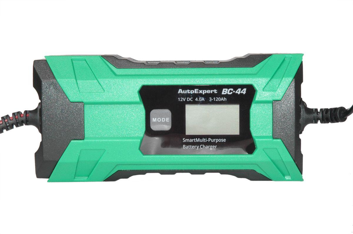 Автомобильное зарядное устройство AutoExpert BC-441271043Компактное зарядное устройство для обслуживания и зарядки всех типов 12 вольтовых аккумуляторных батарей, используемых в автомобилях и мототехники. Защита от перегрева, перегрузки, неверного подключения, короткого замыкания. LCD дисплей. Возможность зарядки батарей с низким остаточным напряжением ( глубоко разряженных).Функциональные особенности: Полностью автоматическая работа. Микропроцессорное управление. LCD дисплей. Совместимость со всеми типами свинцово-кислотных АКБ, включая необслуживаемые MF, клапанно-регулируемые VRLA, AGM, WET, GEL….) 3 режима работы: 12V moto, 12V auto, 12V Зимний.Технические характеристики: Входное напряжение: AC 220V, 50Hz Выходное напряжение: 14.4-14.7VМаксимальный ток заряда: 4А для 12V АКБ. Емкость заряжаемой батареи: 1,2-120Ah. Режим зарядки: 7 стадий, полностью автоматический. Температура использования: -10С…+45С