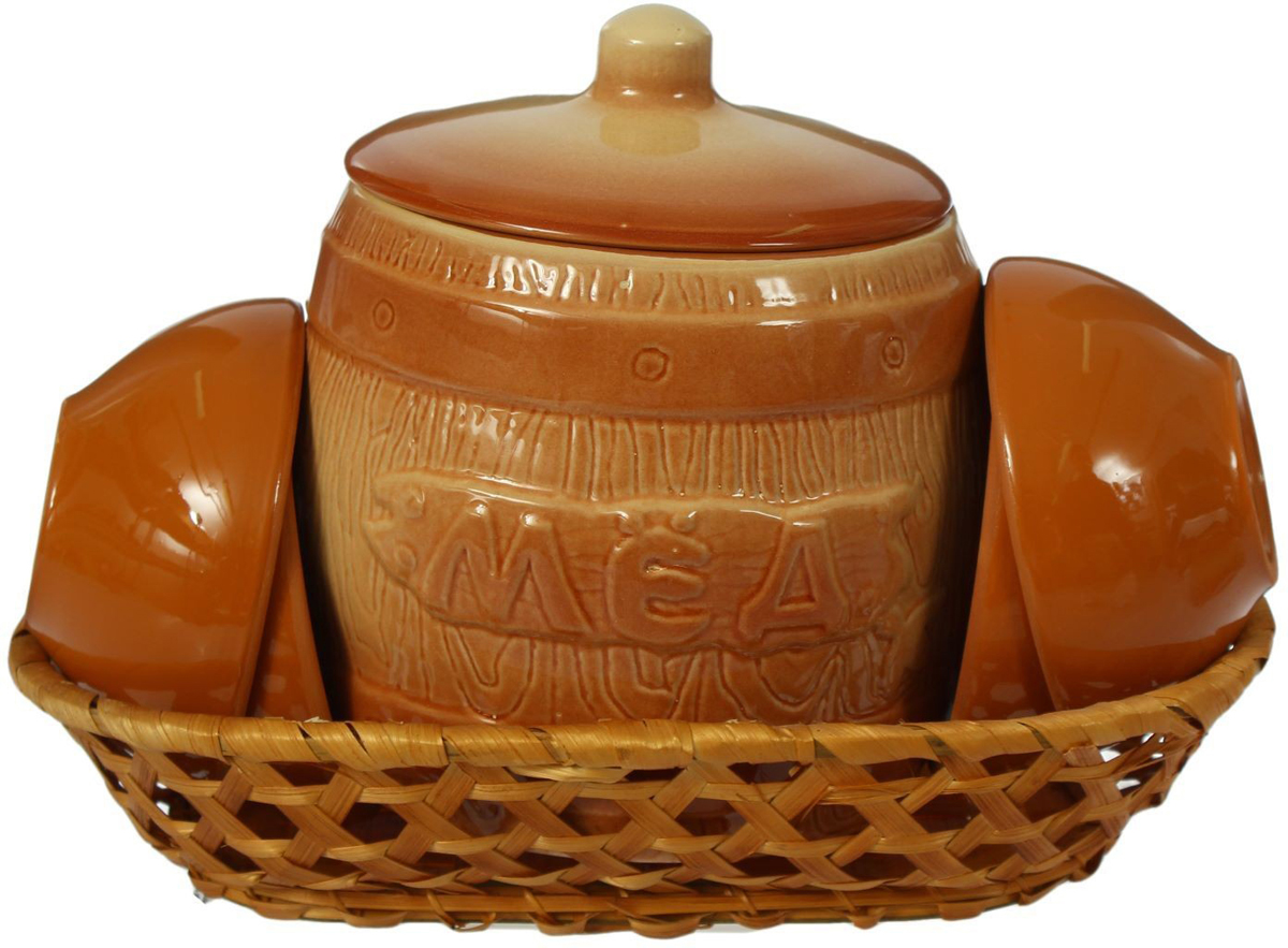 """Набор для меда Борисовская керамика """"Стандарт"""" состоит бочонка и 4 порционных блюдец. Изделия выполнены из высококачественной керамики.  Такой набор эффектно украсит любой кухонный интерьер и станет хорошим подарком для ваших близких."""