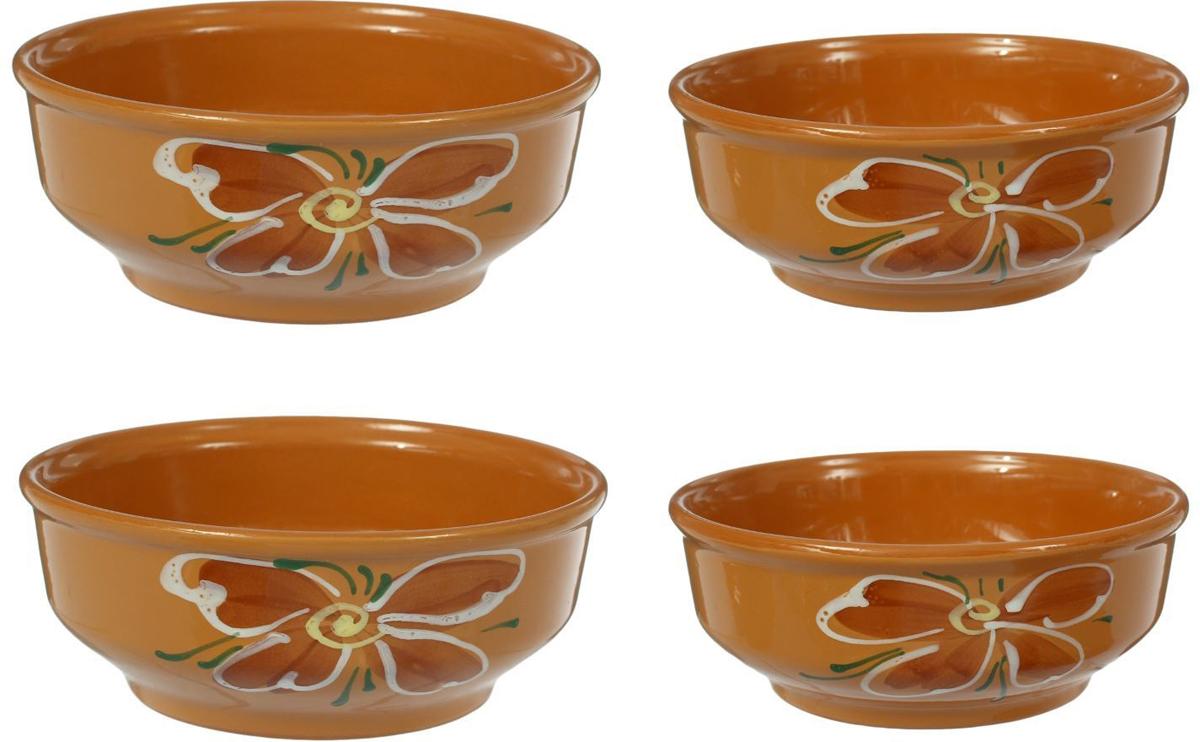 С помощью набора красивых керамических мисок вы сможете очень интересно сервировать стол. Миски в современном стиле отлично впишутся в ваш интерьер. Посуда выполнена из керамики. Набор состоит из четырех мисок разного объема и диаметра.