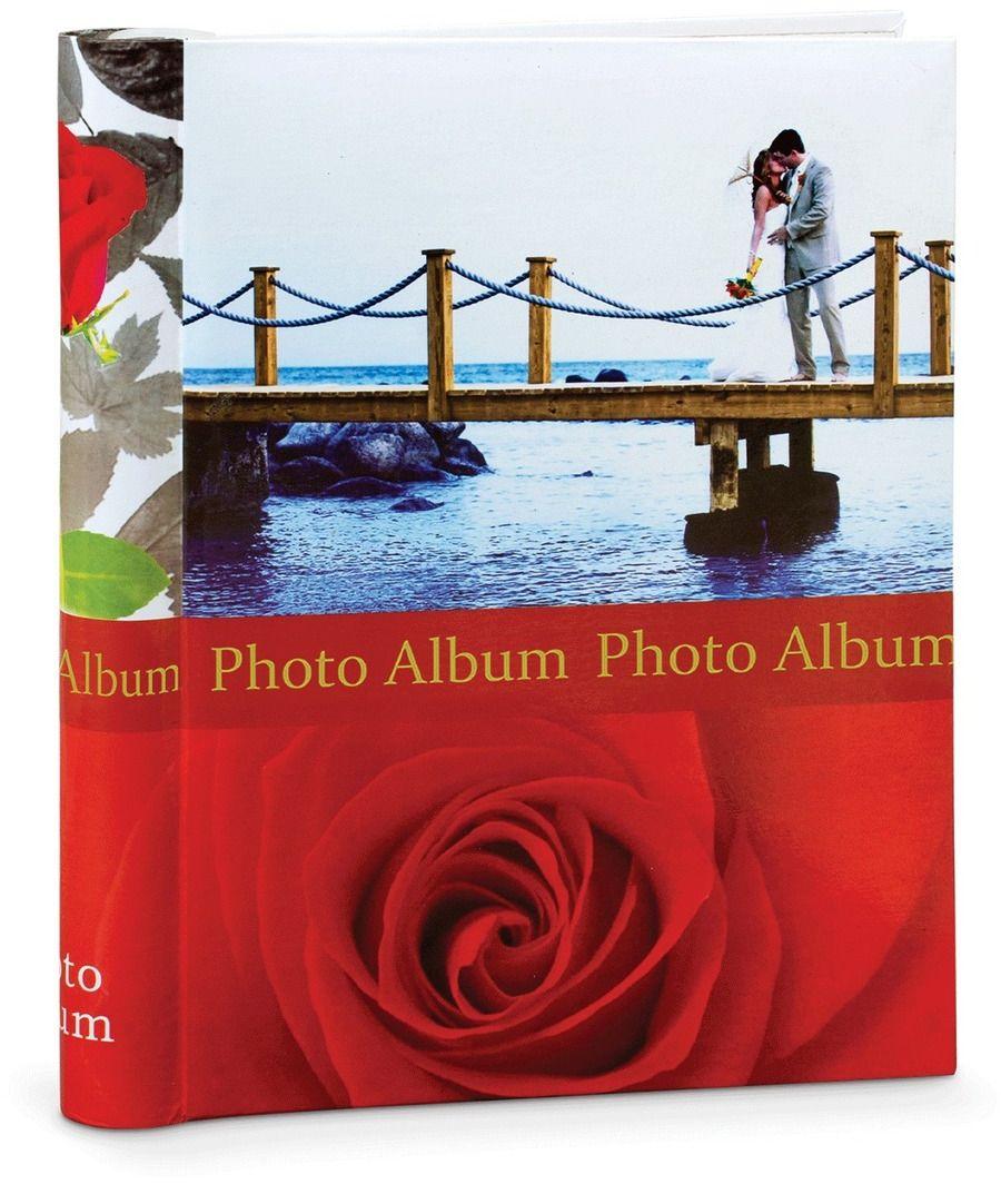 Фотоальбом романтической тематики с магнитными листами. Идеален для хранения фотографий различных размеров, которые можно зафиксировать в любом положении. Отсутствие карманов позволяет легко и быстро доставать фотографии из альбома и возвращать на место.
