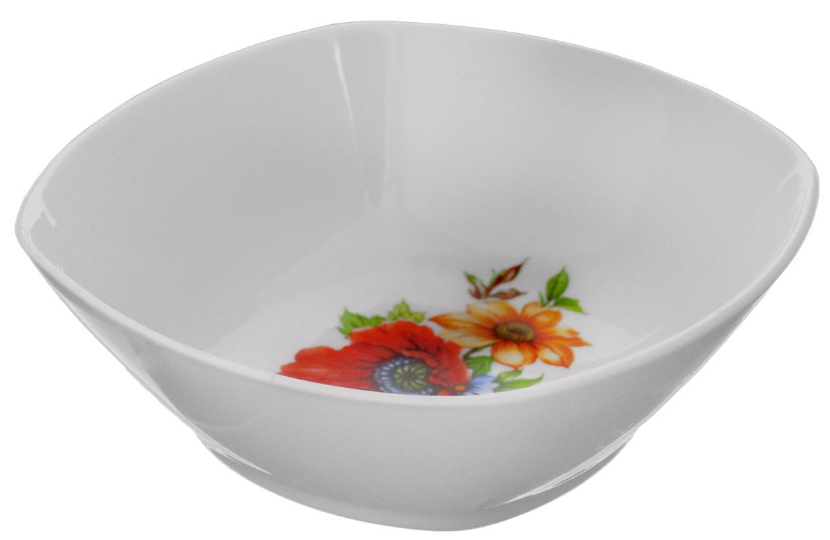Салатник Дулевский Фарфор Полевой мак, квадратный, 300 мл67212_вид 2Салатник Дулевский Фарфор выполнен из высококачественного фарфора, покрытого глазурью. Такой салатник отлично подойдет для подачи салатов, закусок, нарезок. Он красиво дополнит сервировку стола и станет полезным приобретением для кухни.