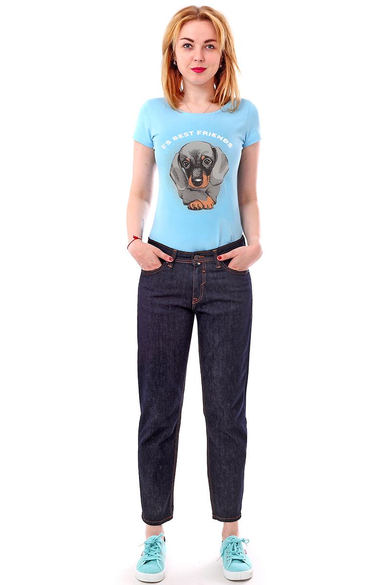 Джинсы женские F5, цвет: синий. 279992_w.garment. Размер 29-32 (44/46-32)279992_w.garmentЖенские джинсы F5 выполнены из высококачественного натурального хлопка. Джинсы застегиваются на пуговицу в поясе и ширинку на застежке-молнии, дополнены шлевками для ремня. Джинсы имеют классический пятикарманный крой: спереди модель дополнена двумя втачными карманами и одним маленьким накладным кармашком, а сзади - двумя накладными карманами.