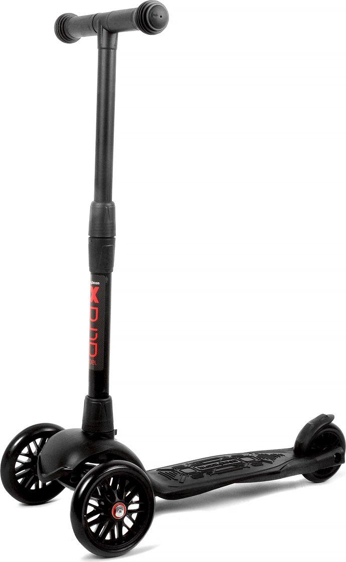 Детский самокат Buggy Boom Alfa Model, трехколесный, цвет: черный 19003-211977С трехколесным самокатом ваш ребенок сможет укрепить здоровье, просто наслаждаясь прогулкой. Он имеет надежную устойчивую конструкцию и ручки с противоскользящей поверхностью. Руль складывается и регулируется по высоте, колеса светятся. Катание на самокате развивает координацию.
