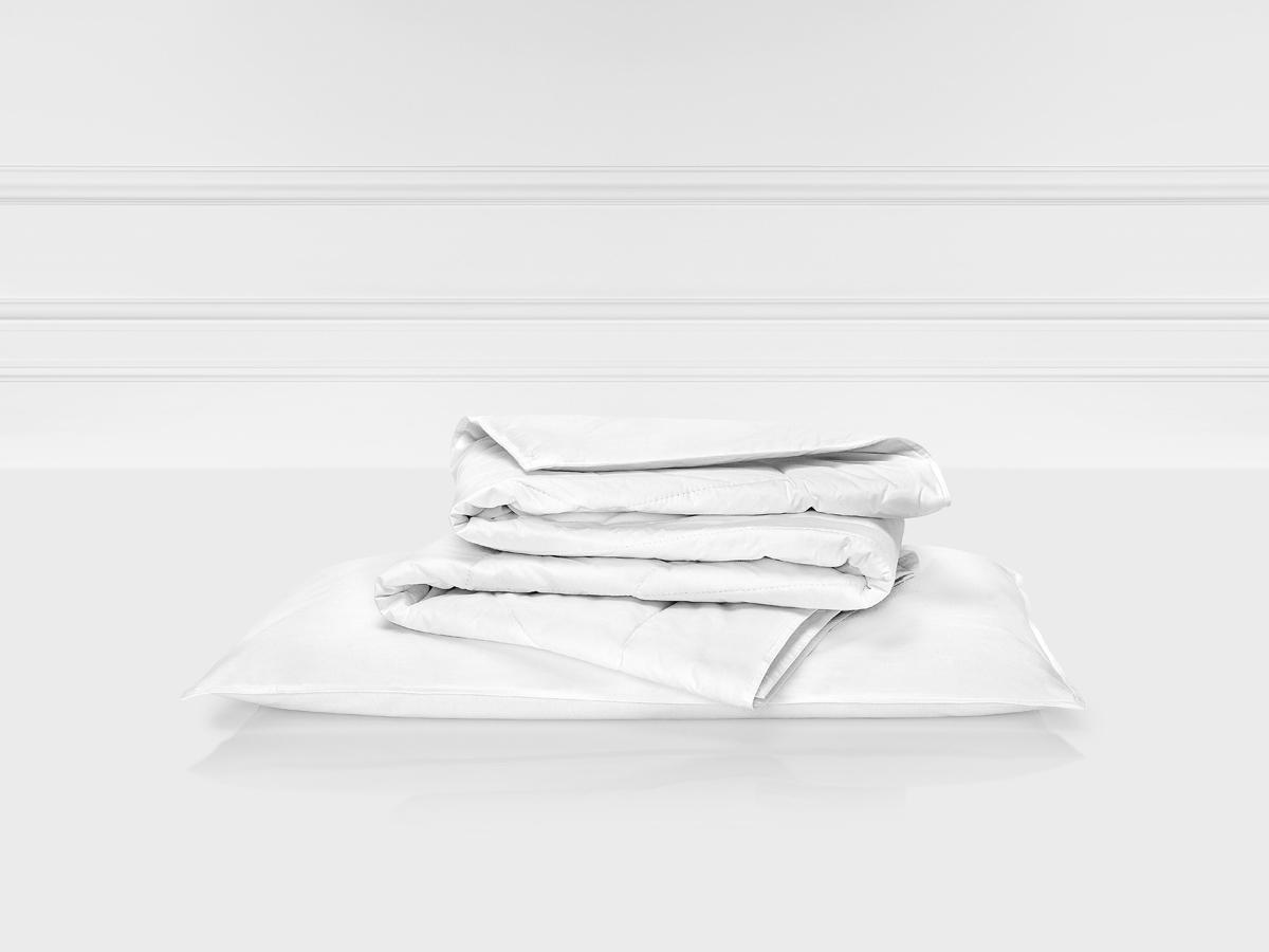 Одеяло Togas Лира, наполнитель: шерсть, цвет: белый, 100 x 135 см20.04.17.0095Лира детское одеяло. Наполнитель: Шерсть Состав: чехол: 100% хлопок 233ТС; наполнитель: 100% овечья шерсть 150гр/м2. Комплектация: 1 подушка. Размер: 100 x 135 см. Уход: может применяться машинная стирка при температуре не выше 30 C, не отбеливать, не гладить, сухая чистка, сушить при низких температурах.