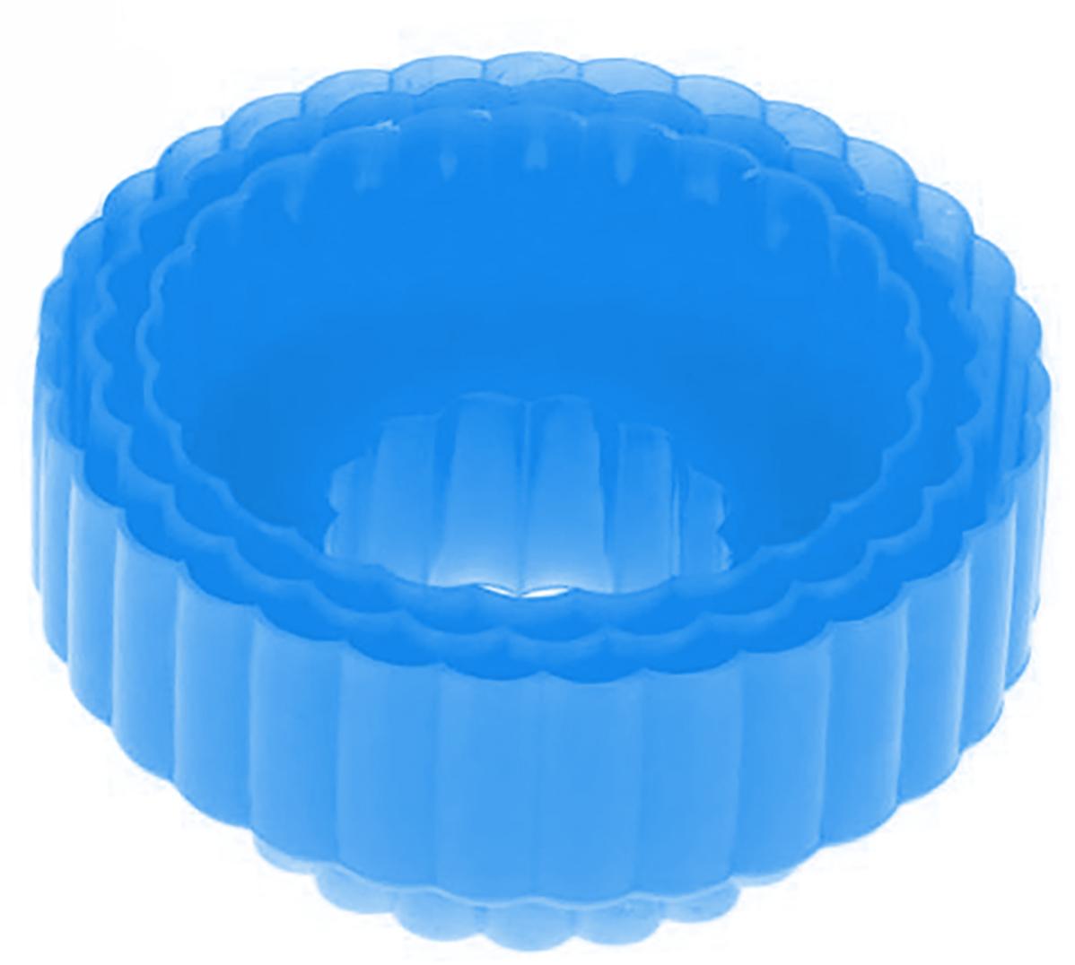 Набор форм для вырезания печенья Доляна Ромашка, цвет: голубой, 8,5 х 4,5 см, 3 шт1259097_голубойОт качества посуды зависит не только вкус еды, но и здоровье человека. — товар, соответствующий российским стандартам качества. Любой хозяйке будет приятно держать его в руках. С нашей посудой и кухонной утварью приготовление еды и сервировка стола превратятся в настоящий праздник.
