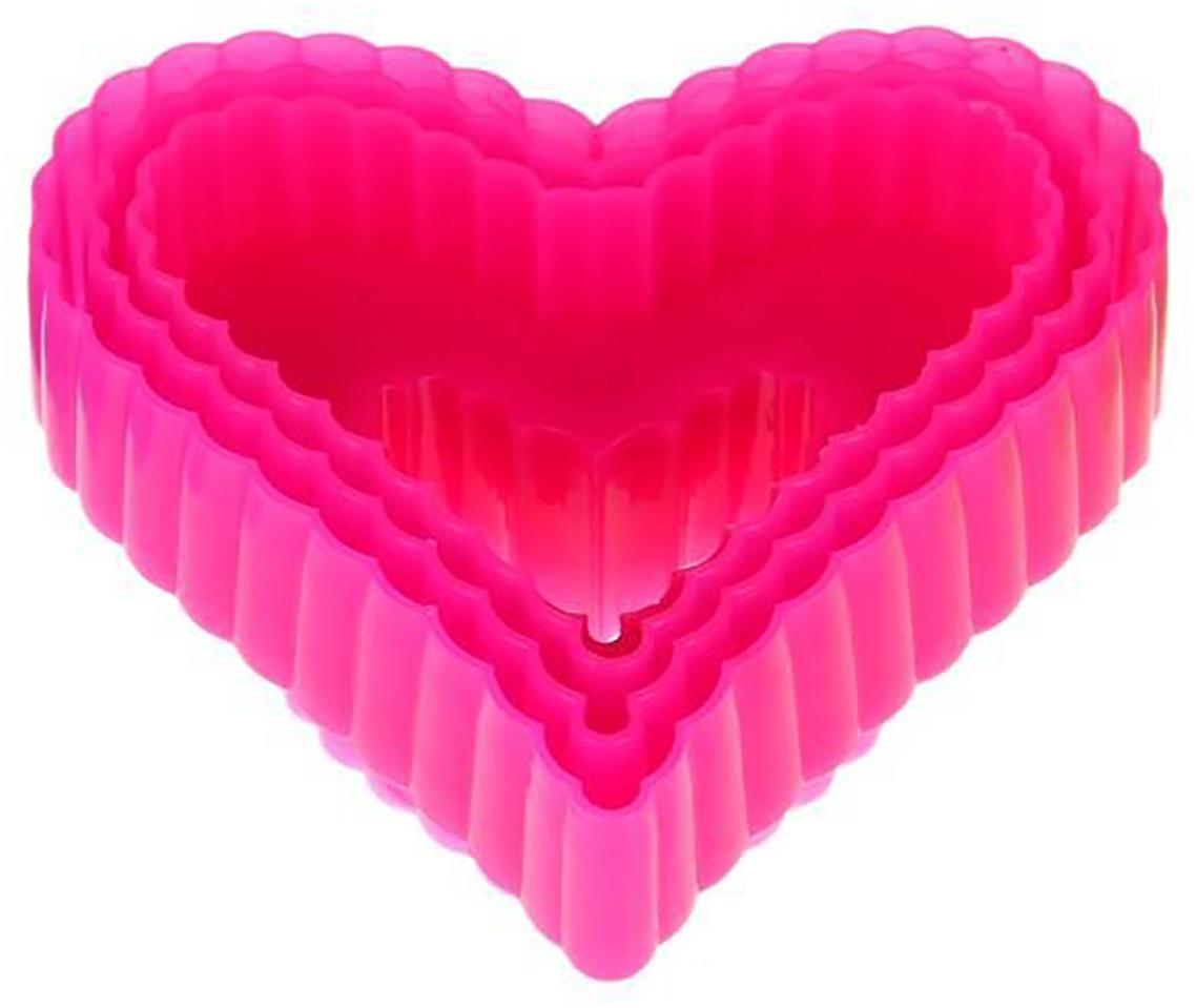 Набор форм для вырезания печенья Доляна Сердце, цвет: красный, 9 х 9 х 4 см, 3 шт1259099_красныйОт качества посуды зависит не только вкус еды, но и здоровье человека. Набор форм для вырезания печенья 9х9х4 см Сердце, 3 шт, цвета — товар, соответствующий российским стандартам качества. Любой хозяйке будет приятно держать его в руках. С нашей посудой и кухонной утварью приготовление еды и сервировка стола превратятся в настоящий праздник.