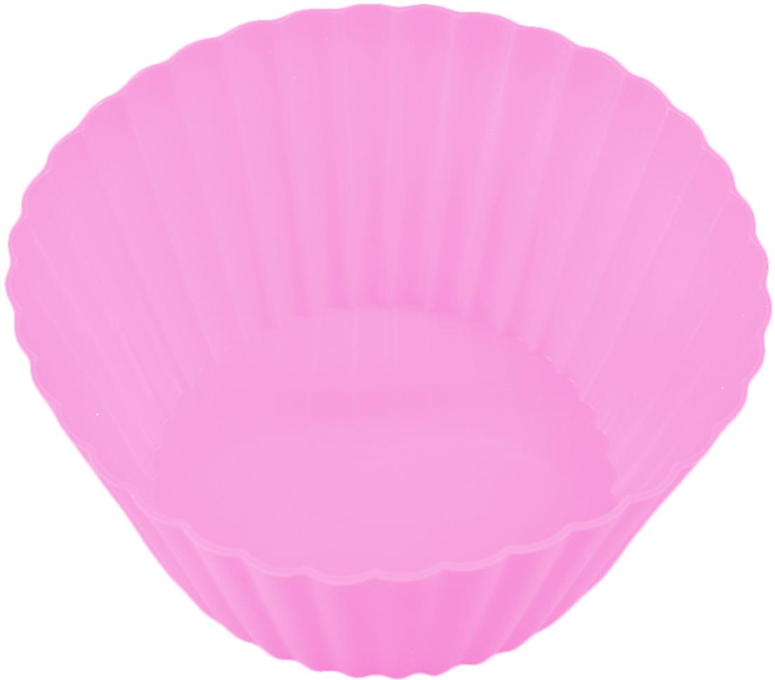 Форма для выпечки Доляна Круг. Риб, цвет: светло-розовый, 15 см811941_светло-розовыйФорма для выпечки из силикона — современное решение для практичных и радушных хозяек. Оригинальный предмет позволяет готовить в духовке любимые блюда из мяса, рыбы, птицы и овощей, а также вкуснейшую выпечку. Почему это изделие должно быть на кухне? блюдо сохраняет нужную форму и легко отделяется от стенок после приготовления; высокая термостойкость (от –40 до 230 ?) позволяет применять форму в духовых шкафах и морозильных камерах; небольшая масса делает эксплуатацию предмета простой даже для хрупкой женщины; силикон пригоден для посудомоечных машин; высокопрочный материал делает форму долговечным инструментом; при хранении предмет занимает мало места. Советы по использованию формы Перед первым применением промойте предмет теплой водой. В процессе приготовления используйте кухонный инструмент из дерева, пластика или силикона. Перед извлечением блюда из силиконовой формы дайте ему немного остыть, осторожно отогните края предмета. Готовьте с удовольствием!