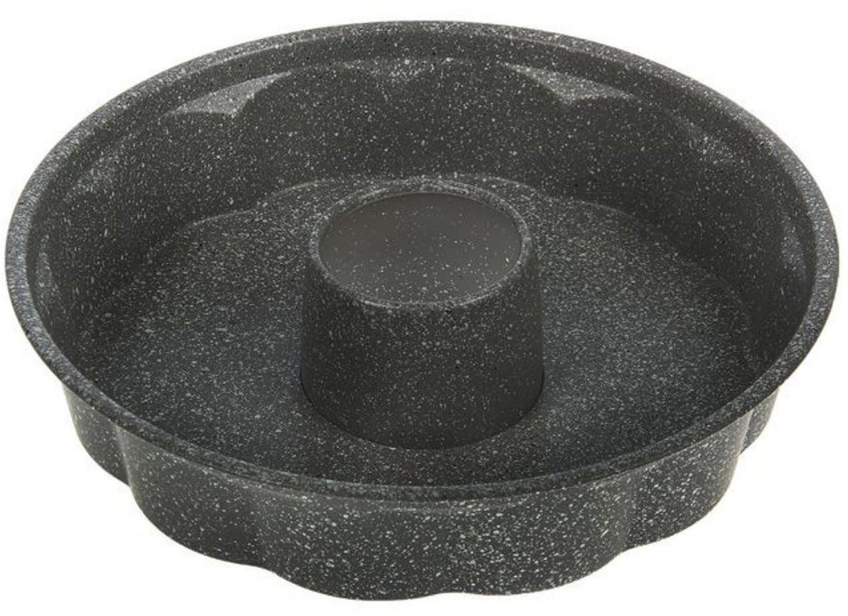 Форма для выпечки Доляна Немецкий кекс. Мрамор, цвет: серый, с антипригарным покрытием, 28 х 5,5 см1151890_серыйФорма с антипригарным покрытием пригодится каждому повару, который привык готовить быстро и вкусно. Достоинства предмета Материал — углеродистая сталь — отличается особой прочностью и сохраняет все эксплуатационные свойства при температуре до +450 °С. Эффективное теплораспределение ускоряет процесс готовки и помогает блюду пропекаться равномерно. Антипригарное покрытие оберегает блюда от пригорания и сокращает расход масла. Поверхность не впитывает запахов и не вступает в реакции с продуктами питания. Форма легко отмывается. Полезный совет: середину блюда можно заполнить фруктами. Это обогатит вкус выпечки. При аккуратном использовании изделие прослужит долгие годы. Рекомендуется избегать применения металлических предметов, губок и высокоабразивных моющих средств. Перед первым использованием тщательно промойте форму.
