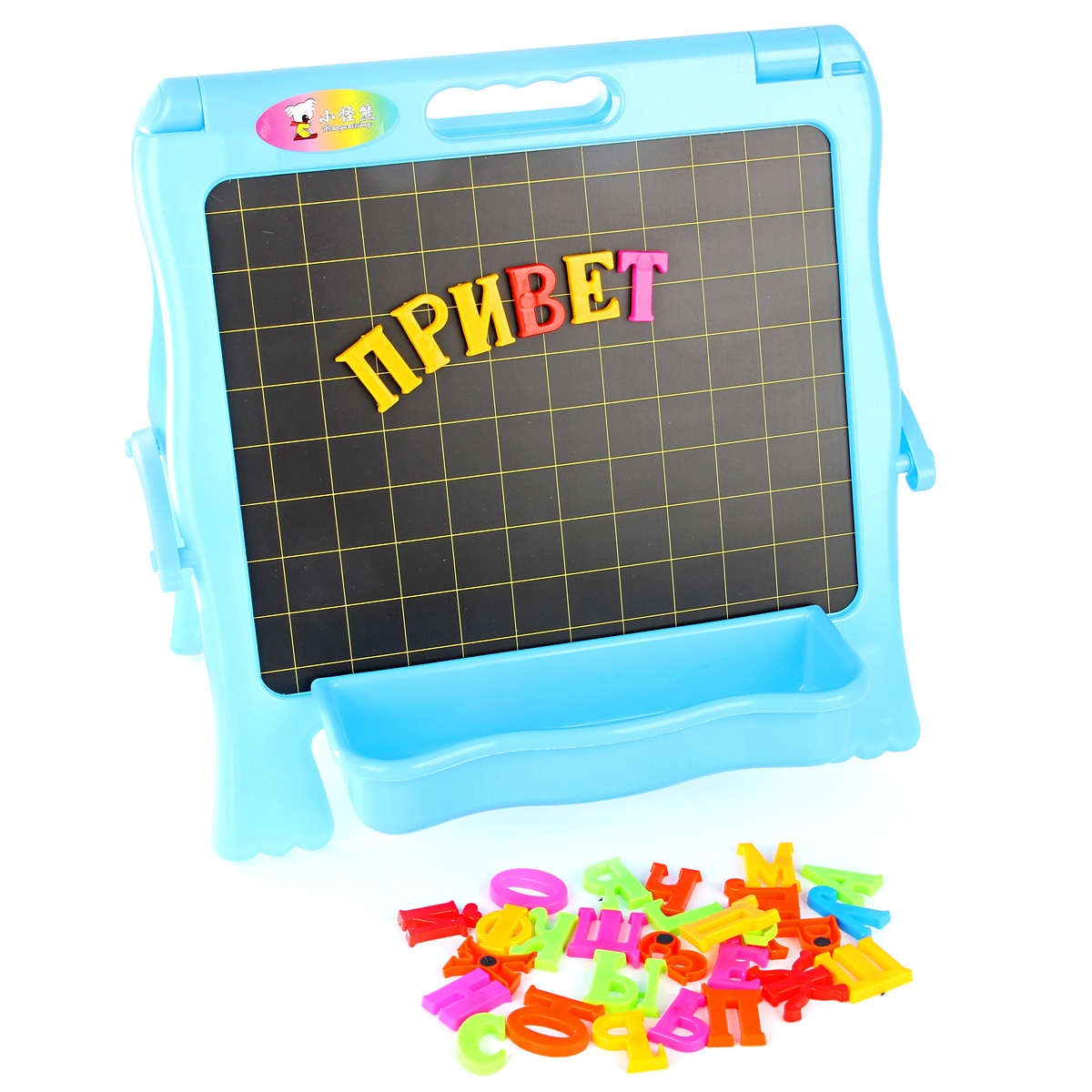 Veld-Co Доска для рисования двусторонняя с азбукой 36 х 36 см59267Двухсторонная магнитная доска сделает изучение азбуки очень увлекательным занятием. Так же на доске можно рисовать любые изображения. В наборе разноцветные буквы алфавита на магнитах, маркер, губка для удаления записей с доски, 2 мелка, 2 дуги для подставки.