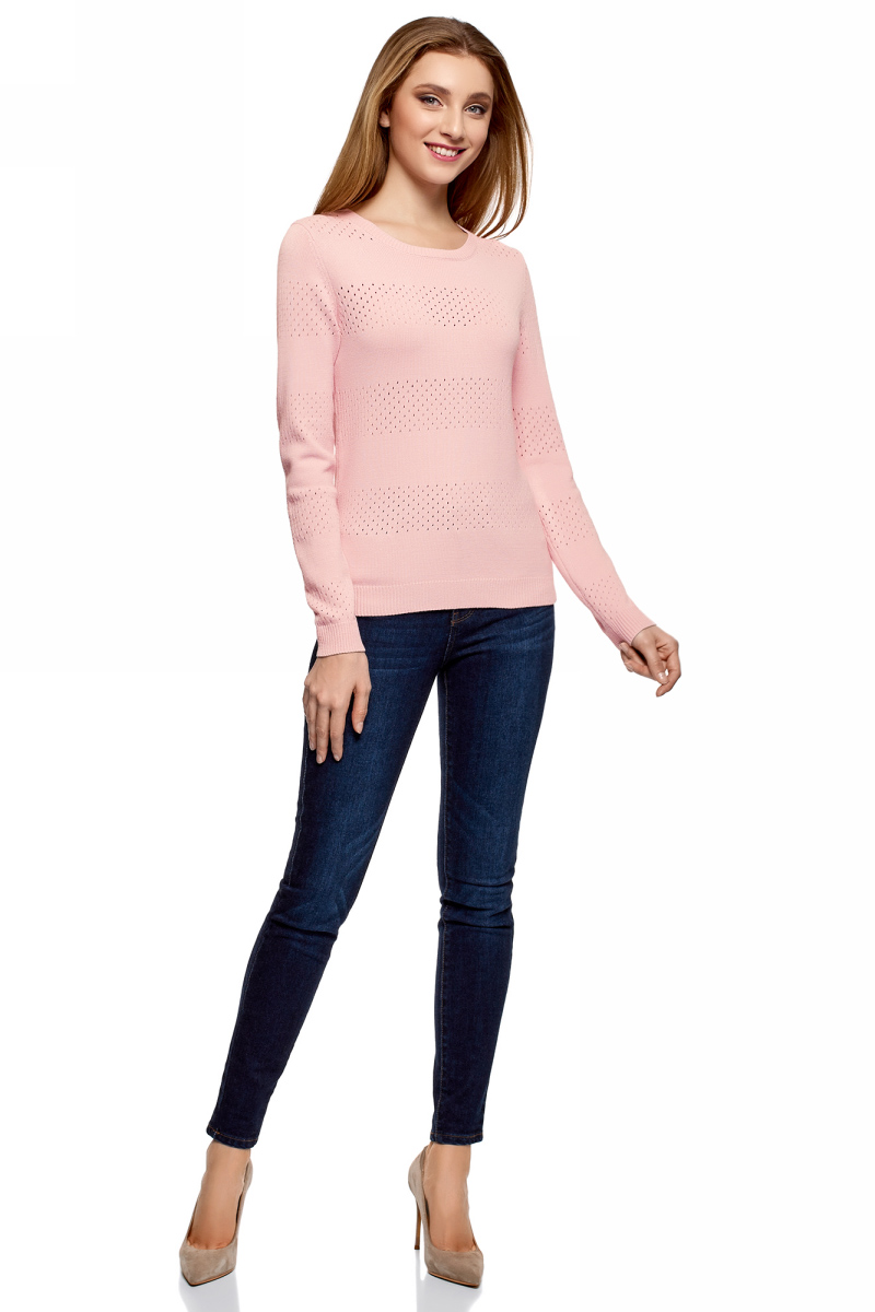 Джемпер женский oodji Ultra, цвет: светло-розовый. 63807312/46448/4000N. Размер L (48)63807312/46448/4000NУютный женский джемпер ажурной вязки с круглым вырезом горловины и длинными рукавами выполнен из вискозного материала.