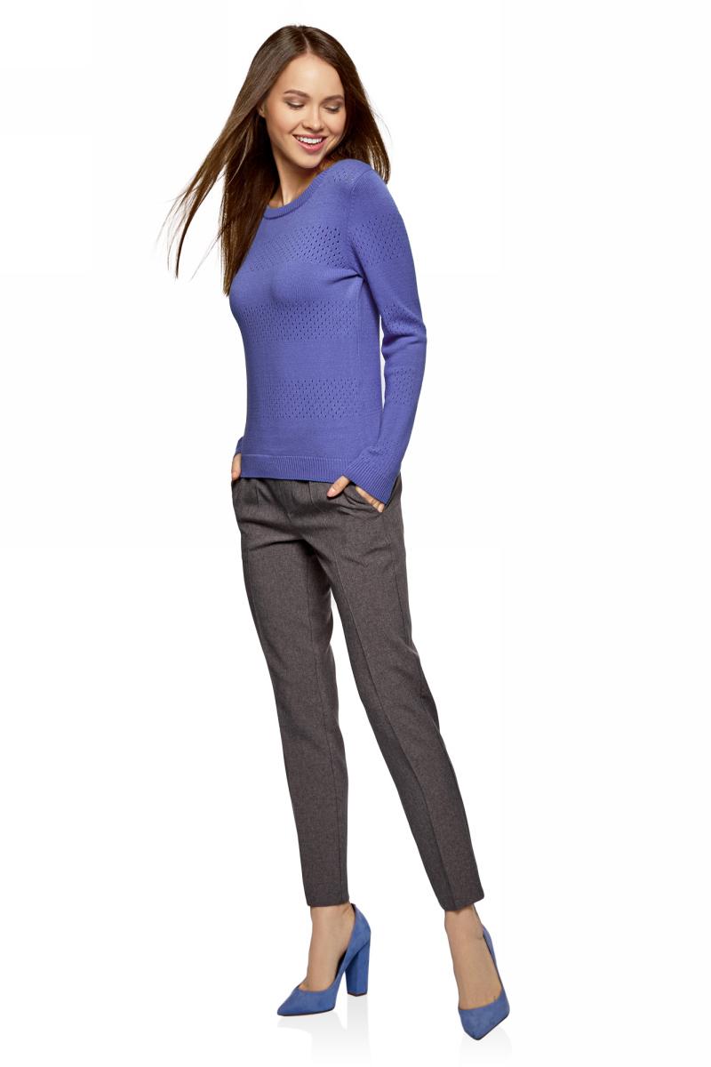 Джемпер женский oodji Ultra, цвет: сиреневый. 63807312/46448/8000N. Размер XS (42)63807312/46448/8000NУютный женский джемпер ажурной вязки с круглым вырезом горловины и длинными рукавами выполнен из вискозного материала.