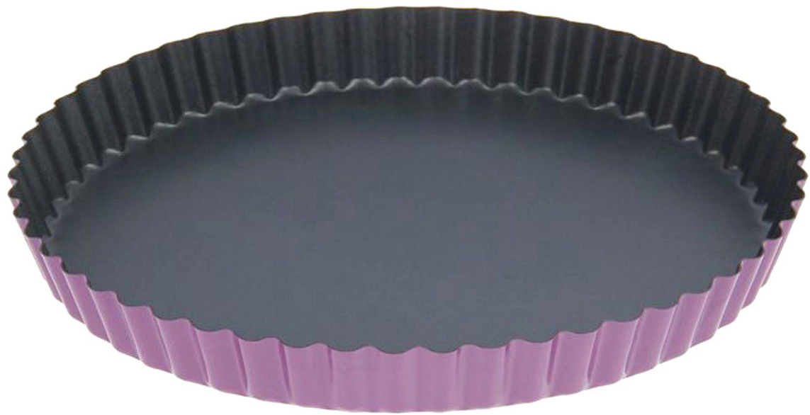 Форма для выпечки Доляна Рифленый круг. Доротея, с антипригарным покрытием, цвет: черный, фиолетовый, 25 х 3 см139440_черный, фиолетовыйФорма с антипригарным покрытием пригодится каждому повару, который привык готовить быстро и вкусно. Достоинства предмета Материал — углеродистая сталь — отличается особой прочностью и сохраняет все эксплуатационные свойства при температуре до +450 °С. Эффективное теплораспределение ускоряет процесс готовки. Антипригарное покрытие оберегает блюда от пригорания и сокращает расход масла. Поверхность не впитывает запахов и не вступает в реакции с продуктами питания. Форма легко отмывается. При аккуратном использовании изделие прослужит долгие годы. Рекомендуется избегать применения металлических предметов, губок и высокоабразивных моющих средств. Перед первым использованием тщательно промойте форму.