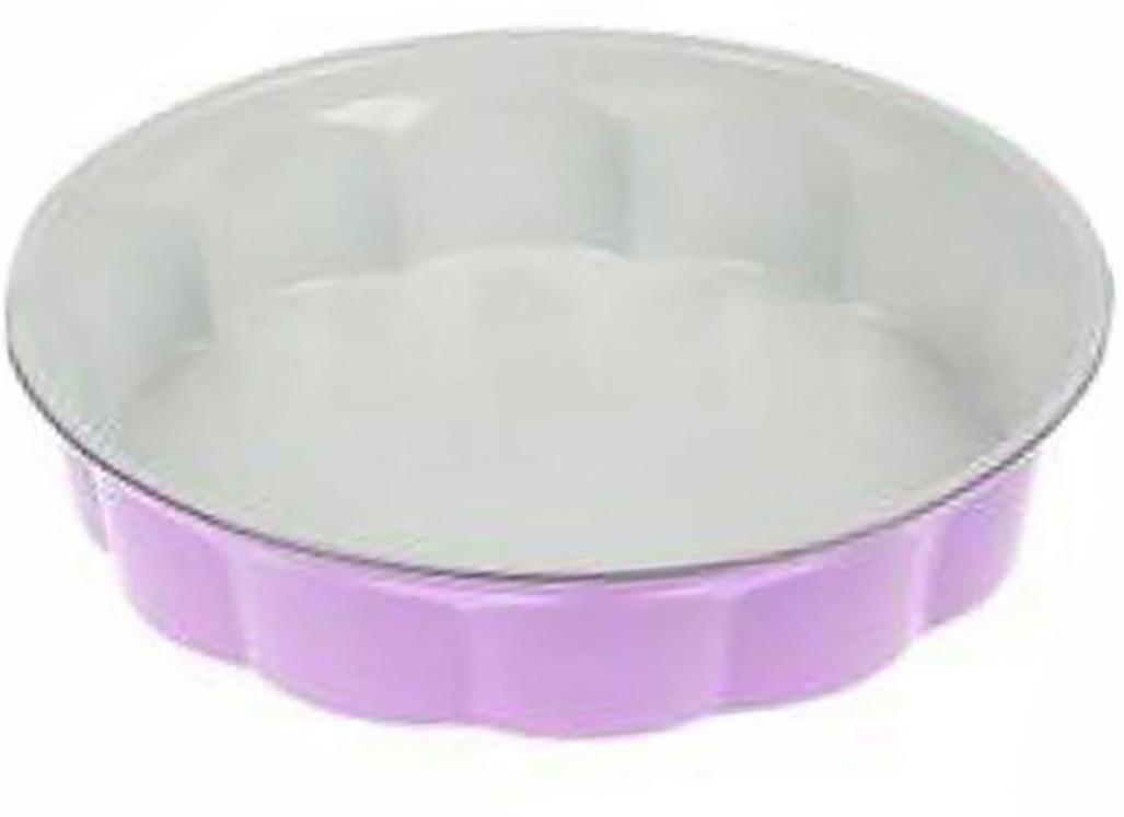 Форма для выпечки Доляна Волнистый круг. Флери, с керамическим покрытием, цвет: белый, сиреневый, 28 х 6 см,сиреневый1003522_белый, сиреневыйФорма для выпечки с керамическим покрытием — один из самых важных предметов на кухне хорошей хозяйки. С качественной посудой радовать домашних пирогами, кексами, запеканками и прочей вкуснятиной вы сможете хоть каждый день! Достоинства изделия: равномерно распределяет тепло по всей внутренней поверхности; предотвращает пригорание пищи; способствует ее быстрому приготовлению; обладает стильным внешним видом. Рекомендуется избегать перепадов температуры: ставьте форму только в холодную или теплую духовку. Не допускайте падений изделия и не используйте высокоабразивные моющие средства (это защитит глазурь от сколов и царапин). Как выбрать форму для выпечки – статья на OZON Гид.