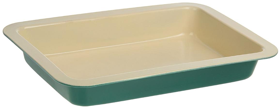 Форма для выпечки Доляна Прямоугольник. Флери, с керамическим покрытием, цвет: бежевый, зеленый, 34 х 21 х 5 см1001852_бежевый, зеленыйФорма для выпечки с керамическим покрытием — один из самых важных предметов на кухне хорошей хозяйки. С качественной посудой радовать домашних пирогами, кексами, запеканками и прочей вкуснятиной вы сможете хоть каждый день! Достоинства изделия: равномерно распределяет тепло по всей внутренней поверхности; предотвращает пригорание пищи; способствует ее быстрому приготовлению; обладает стильным внешним видом. Кроме того, предмет не впитывает запахов и позволяет легко вынимать готовый продукт. Прочный корпус защищает изделие от внешней деформации. Рекомендуется избегать перепадов температуры: ставьте форму только в холодную или теплую духовку. Не допускайте падений и не используйте высокоабразивные моющие средства (это защитит глазурь от сколов и царапин). Как выбрать форму для выпечки – статья на OZON Гид.