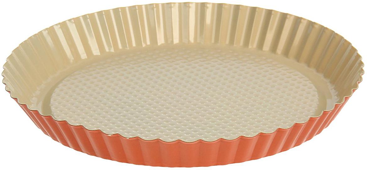 Форма для выпечки Доляна Рифленый круг. Флери, с керамическим покрытием, цвет: бежевый, оранжевый, 27 х 3,5 см830055_бежевый, оранжевыйФорма для выпечки с керамическим покрытием — один из самых важных предметов на кухне хорошей хозяйки. С качественной посудой радовать домашних пирогами, кексами, запеканками и прочей вкуснятиной вы сможете хоть каждый день! Достоинства изделия: равномерно распределяет тепло по всей внутренней поверхности; предотвращает пригорание пищи; способствует ее быстрому приготовлению; обладает стильным внешним видом. Кроме того, предмет не впитывает запахов и позволяет легко вынимать готовый продукт. Прочный корпус защищает изделие от внешней деформации. Рекомендуется избегать перепадов температуры: ставьте форму только в холодную или теплую духовку. Не допускайте падений и не используйте высокоабразивные моющие средства (это защитит глазурь от сколов и царапин).
