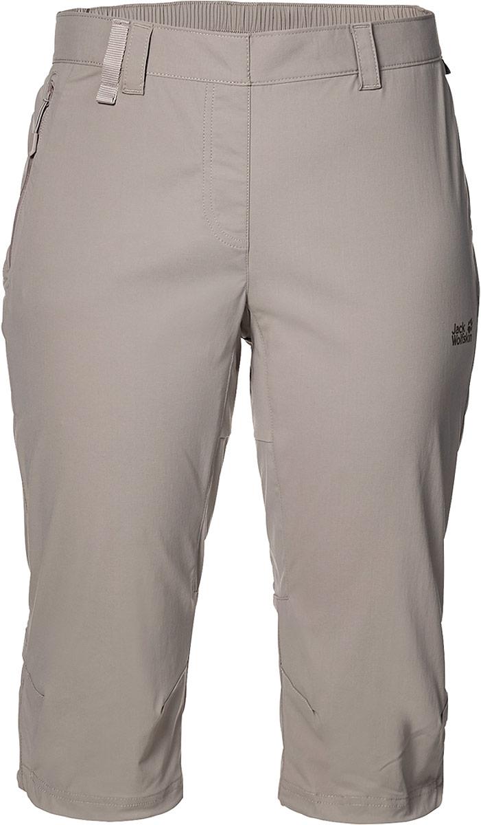 Бриджи женские Jack Wolfskin Activate Light 3/4 Pants, цвет: бежевый. 1503721-5041. Размер 40 (50)1503721-5041Бриджи длиной до колен. Новые софтшельные бриджи для хайкинга Activate Light 3/4 Pants от Jack Wolfskin намного легче, чем их традиционный аналог, и гораздо лучше дышат. А благодаря софтшеллу, они более эластичны. И, конечно же, регулируется нижний край брючин. Эти бриджи имеют все достоинства линейки одежды из софтшелла. они по умолчанию ветро- и водонепроницаемые.