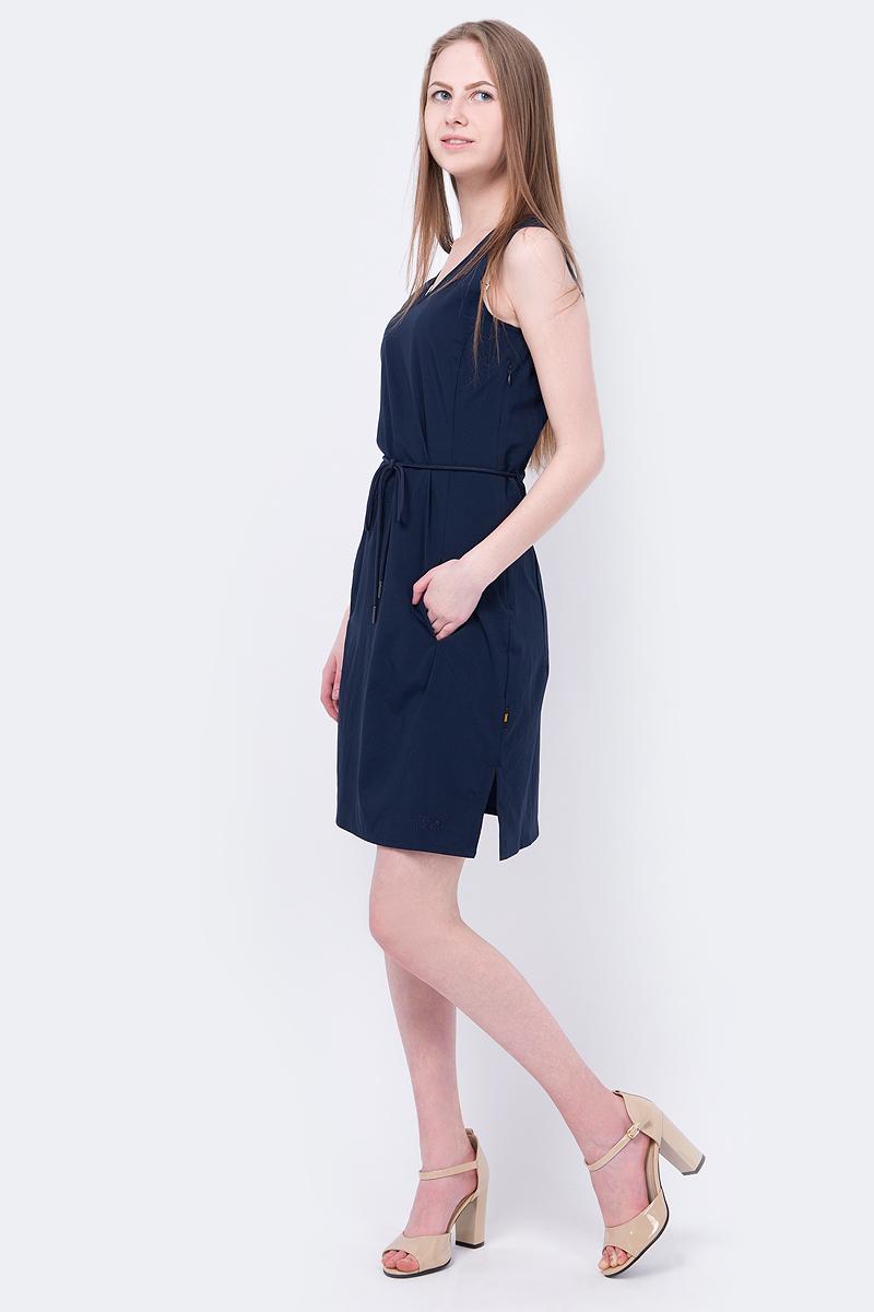 Платье Jack Wolfskin Tioga Road Dress, цвет: темно-синий. 1504821-1910. Размер L (50)1504821-1910На прогулке по пляжу или по лугам - платье без рукавов свободного покроя Tioga Road Dress от Jack Wolfskin обеспечит вас прохладой и комфортом на протяжении всего лета. Ткань очень мягкая и слегка эластичная. Платье эффективно защитит вас от УФ-излучения в солнечные дни.