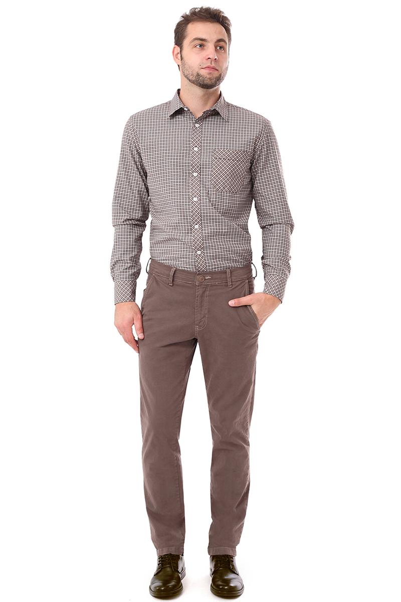 Брюки мужские F5, цвет: светло-коричневый. 274002_grey-brown. Размер 29-34 (44/46-34)274002_grey-brownСтильные мужские брюки F5 великолепно подойдут для повседневной носки и помогут вам создать незабываемый современный образ. Классическая модель прямого кроя и стандартной посадки изготовлена из эластичного хлопка, благодаря чему великолепно пропускает воздух, обладает высокой гигроскопичностью и превосходно сидит. Брюки застегиваются на ширинку на застежке-молнии, а также пуговицу на поясе. На поясе расположены шлевки для ремня. Эти модные и в тоже время удобные брюки станут великолепным дополнением к вашему гардеробу. В них вы всегда будете чувствовать себя уверенно и комфортно.