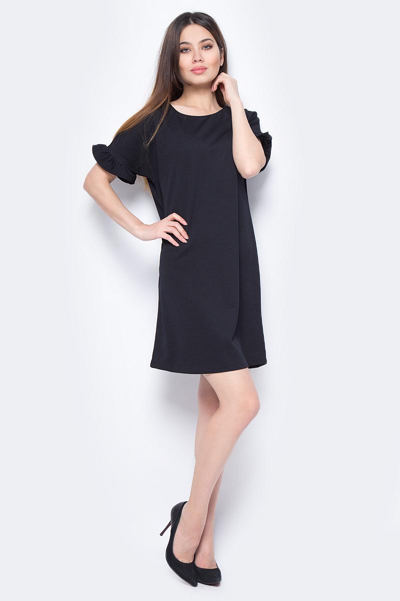 Платье Sela, цвет: черный. Dks-117/1182-8131. Размер M (46)Dks-117/1182-8131Стильное женское платье Sela выполнено из полиэстера и эластана. Модель прямого кроя с короткими рукавами будет отлично на вас смотреться.