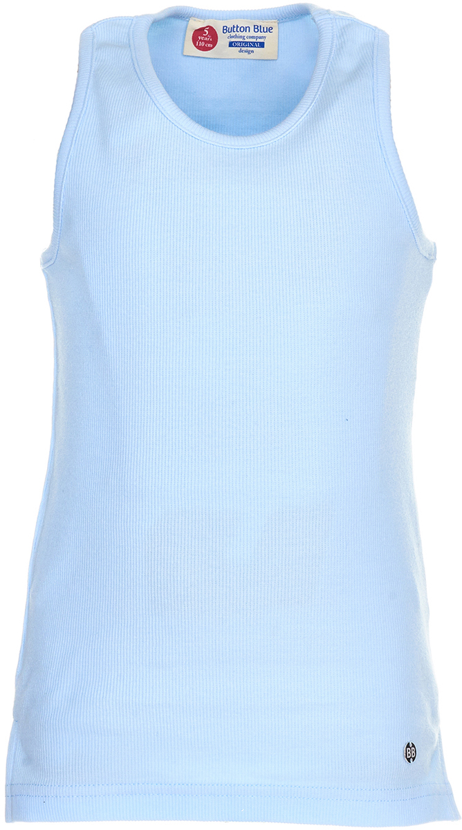Майка для девочки Button Blue, цвет: голубой. 118BBGC10011800. Размер 128118BBGC10011800Трикотажная майка для ребенка - та часть летнего гардероба, без которой не обойтись. Модель без рукавов с круглым вырезом горловины. Легкая и удобная, она прекрасно сочетается с шортами, юбками и множеством другой одежды. С любимой майкой можно не расставаться и в более прохладное время года, надевая ее под куртку или любую верхнюю одежду. Купить майку для девочки, значит приобрести базовую вещь, которая может стать основой множества образов.