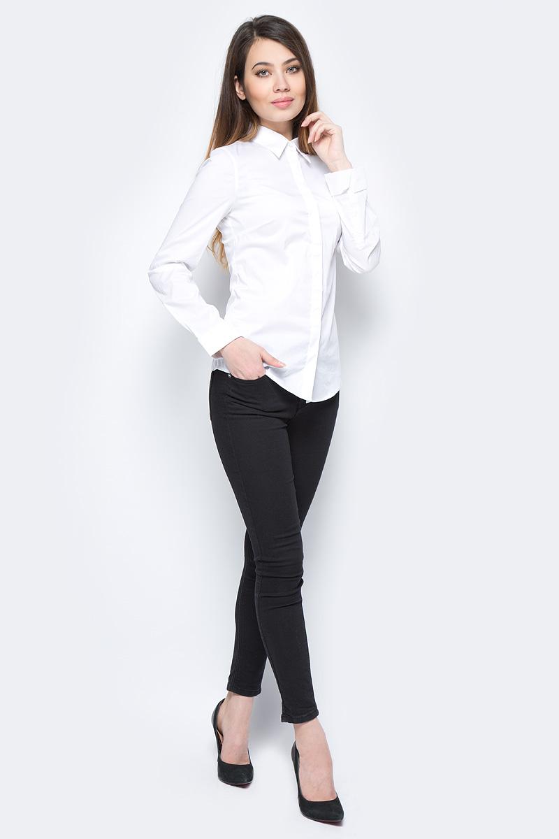 Рубашка жен United Colors of Benetton, цвет: белый. 5AWR5Q6E3_101. Размер L (46/48)5AWR5Q6E3_101Рубашка женская United Colors of Benetton выполнено из качественного материала. Модель с отложным воротником застегивается на пуговицы.