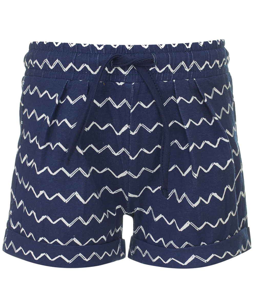 Шорты для девочки Button Blue, цвет: темно-синий. 118BBGC54011013. Размер 122118BBGC54011013Трикотажные шорты на резинке идеальны для жаркой погоды. Если вы хотите пополнить летний гардероб ребенка, можно дешево купить детские шорты для девочки от Button Blue. Модель выполнена из мягкой легкой ткани, удобна и практична. Модный в этом сезоне цвет и орнамент в виде волнистых полосок обращают на себя внимание и делают модель оригинальной.