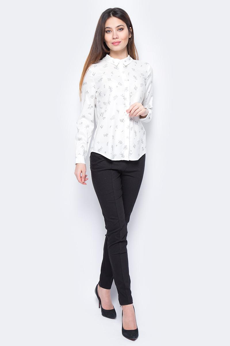 Блузка женская Sela, цвет: слоновая кость. B-312/680-8131. Размер 44B-312/680-8131Стильная женская блузка Sela выполнена из 100% вискозы. Модель с отложным воротником и длинными рукавами.
