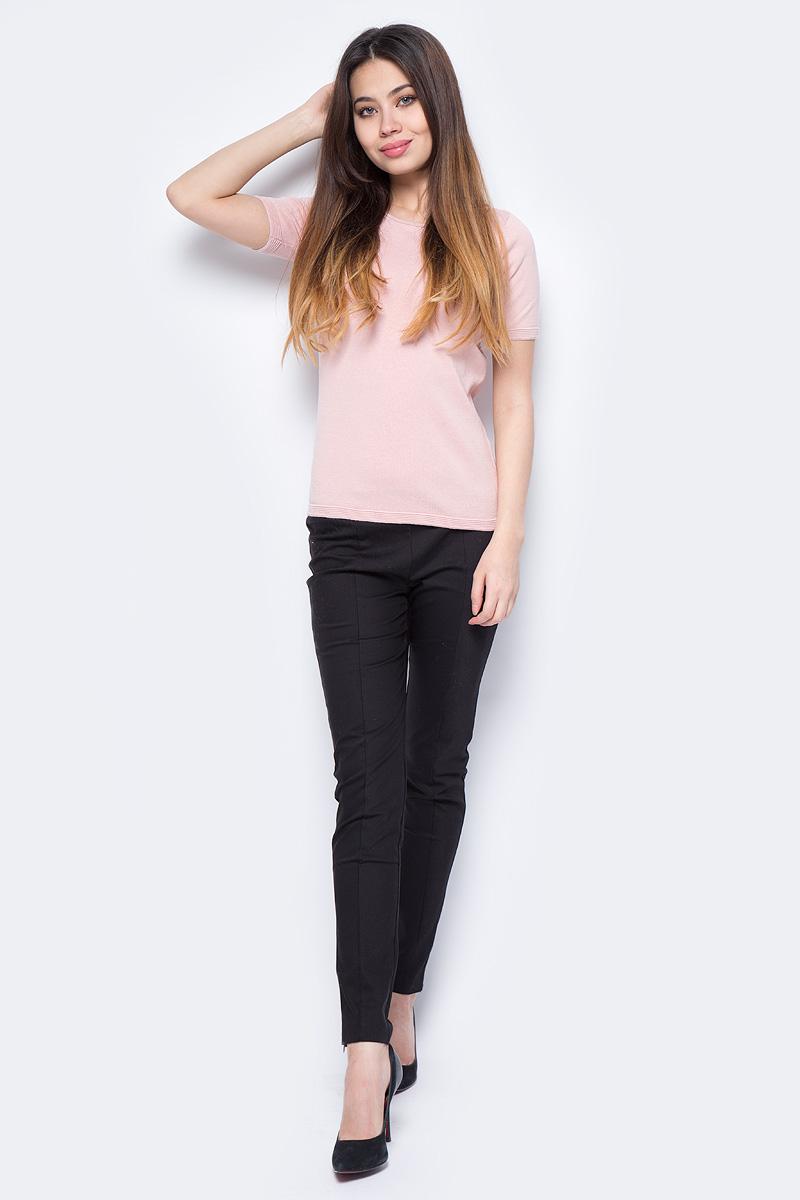 Джемпер женский Sela, цвет: светло-розовый. JRs-114/1299-8111. Размер L (48)JRs-114/1299-8111Стильный джемпер Sela изготовлен из хлопка. Модель имеет круглый вырез горловины и короткие рукава. Джемпер выполнен в однотонном дизайне.