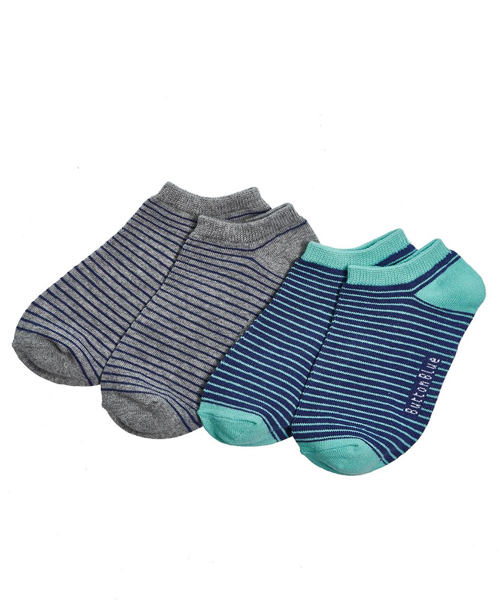 Носки для мальчика Button Blue, цвет: серый, синий, 2 пары. 118BBBU85023305. Размер 22118BBBU85023305Чтобы надевать носки было приятно, а не только необходимо, можно купить детские носки для мальчика от Button Blue. Носки отличаются недорогой ценой, имеют удобную форму, на 80% состоят из хлопка и окрашены в приятные цвета. В комплект входят две пары в полоску. Их можно сочетать практически с любой одеждой и обувью.