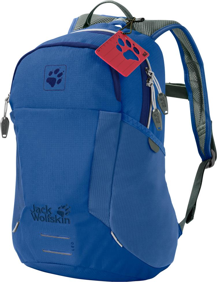 Рюкзак спортивный Jack Wolfskin Kids Moab Jam, цвет: голубой. 2006091-12012006091-1201Дети всегда готовы запрыгнуть на велосипед и отправиться на игровую площадку со своей бутылочкой для напитков, печеньем и водонепроницаемой курткой, упакованными в рюкзак Kids Moab Jam. Идеальный для велосипедных и пеших походов, в этом рюкзаке найдется достаточно места для всего необходимого, в том числе для питьевой системы. Комфорт в ношении просто непревзойденный. Секрет комфортности этого рюкзака заключается в использовании подвесной системы, специально оптимизированной для маленьких детей. Рюкзак удобно прилегает к телу, не смещаясь и не болтаясь, отчего приключения доставляют еще большее удовольствие. В этой модели предусмотрен вентиляционный канал, обеспечивающий постоянный приток свежего воздуха и предупреждающий перегревание.