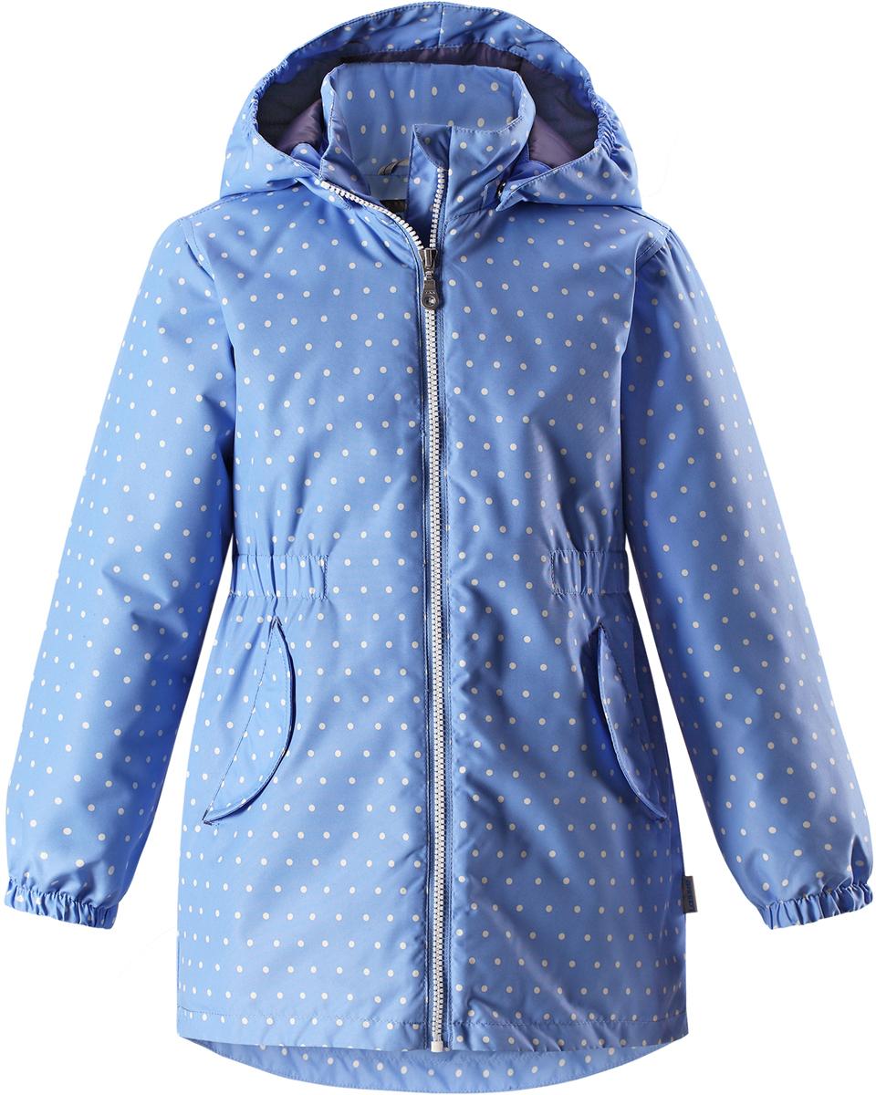 Куртка для девочки Lassie, цвет: синий. 721726R6161. Размер 98721726R6161Детская куртка Lassie идеально подойдет для ребенка в холодное время года. Куртка изготовлена из водоотталкивающей и ветрозащитной ткани. Материал отличается высокой устойчивостью к трению, благодаря специальной обработке полиуретаном поверхность изделия отталкивает грязь и воду, что облегчает поддержание аккуратного вида одежды, дышащее покрытие с изнаночной части не раздражает даже самую нежную и чувствительную кожу ребенка, обеспечивая ему наибольший комфорт. Куртка застегивается на пластиковую застежку-молнию с защитой подбородка, благодаря чему ее легко надевать и снимать. Края рукавов дополнены неширокими эластичными манжетами. Также модель дополнена светоотражающими элементами для безопасности в темное время суток. Все швы проклеены, не пропускают влагу и ветер.