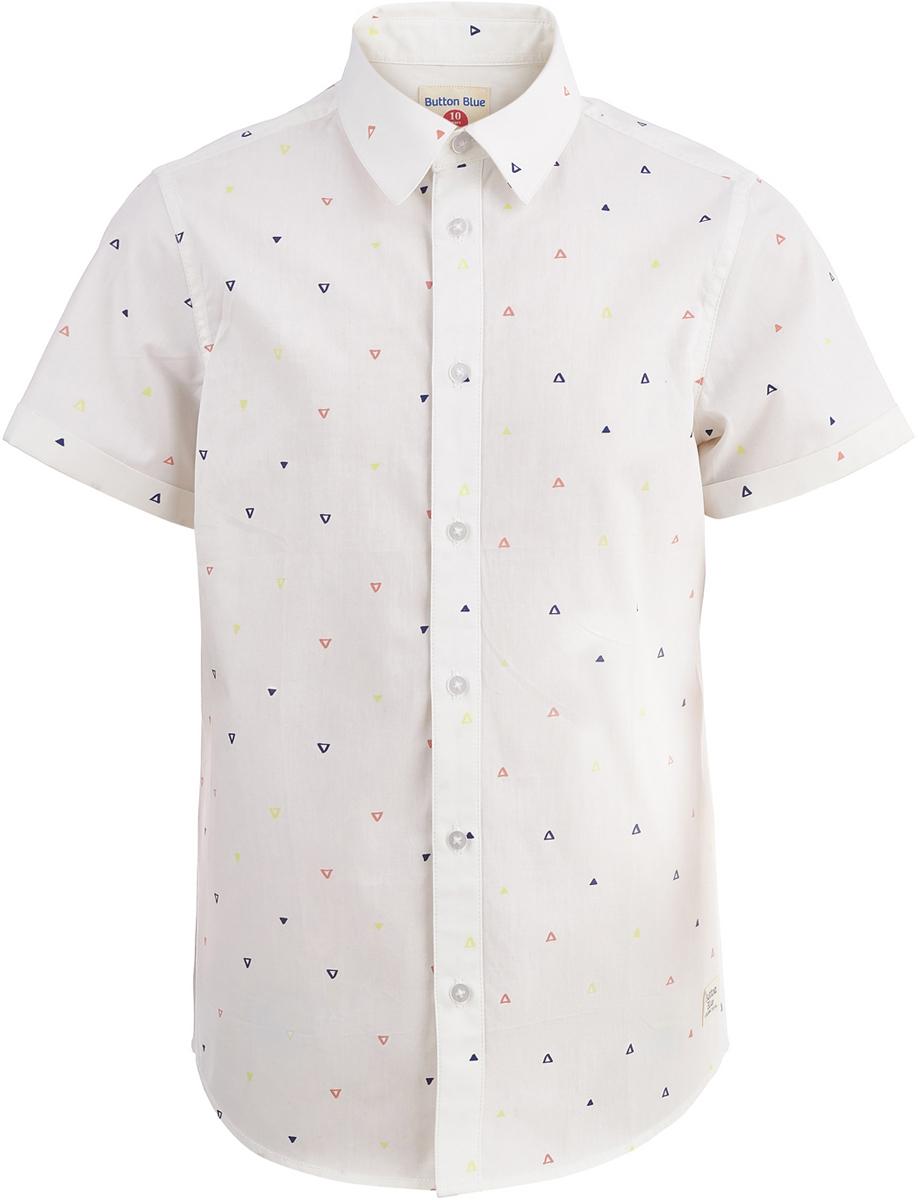 Рубашка для мальчика Button Blue, цвет: белый. 118BBBC23020209. Размер 122118BBBC23020209Легкая хлопковая рубашка Button Blue с коротким рукавом - идеальная одежда на лето для мальчика. Модель прямого кроя с отложным воротничком застегивается на пуговицы. Рубашка отличается лаконичной формой, хорошо сидит и не стесняет движений.
