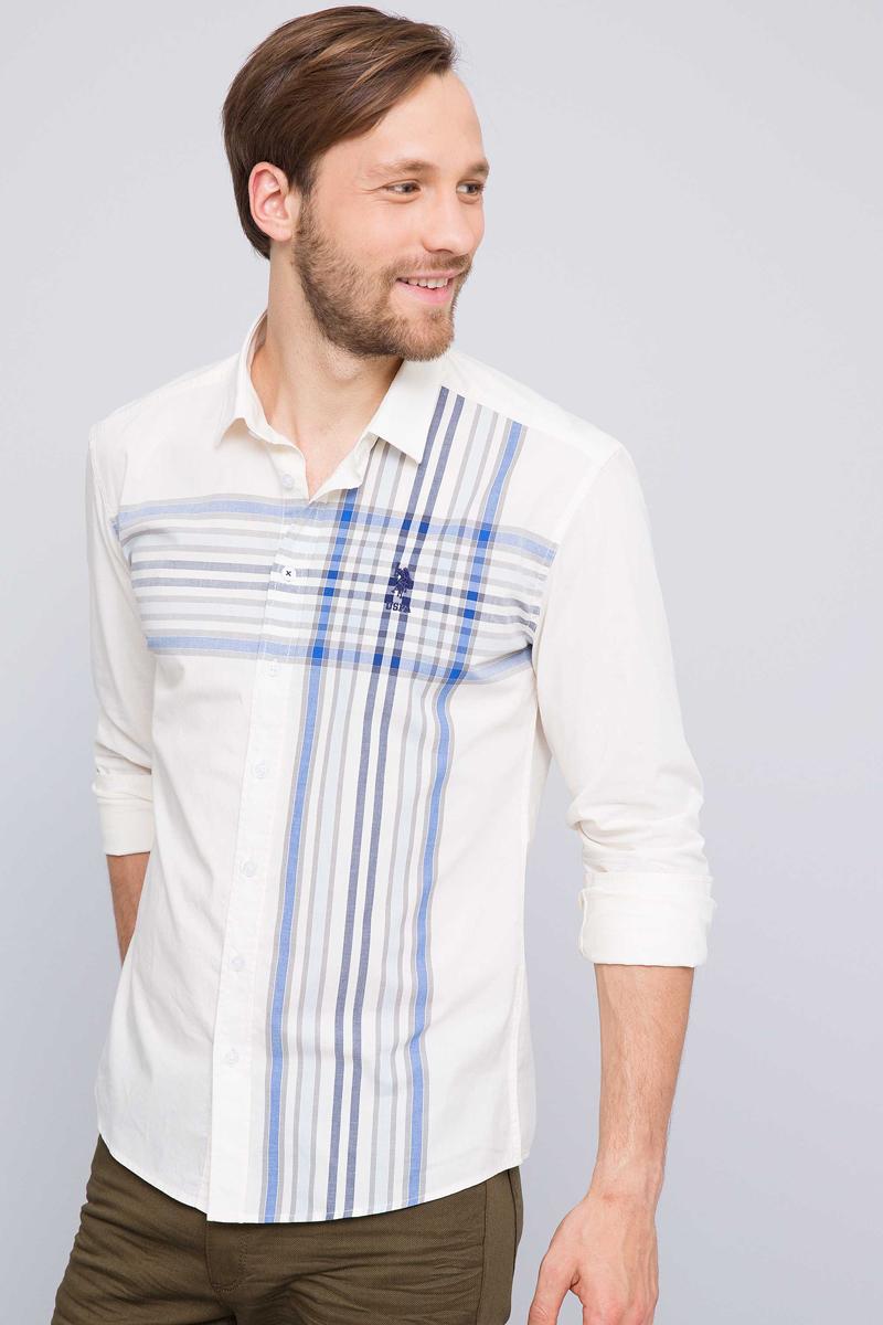 Рубашка мужская U.S. Polo Assn., цвет: темно-синий. G081GL004ARMAPANTILIMON. Размер S (48)G081GL004ARMAPANTILIMONПриталенная мужская рубашка, выполненная из 100% хлопка, подчеркнет ваш уникальный стиль и поможет создать оригинальный образ. Такой материал великолепно пропускает воздух, обеспечивая необходимую вентиляцию, а также обладает высокой гигроскопичностью. Рубашка с длинными рукавами и отложным воротником застегивается на пуговицы спереди. Манжеты рукавов также застегиваются на пуговицы.