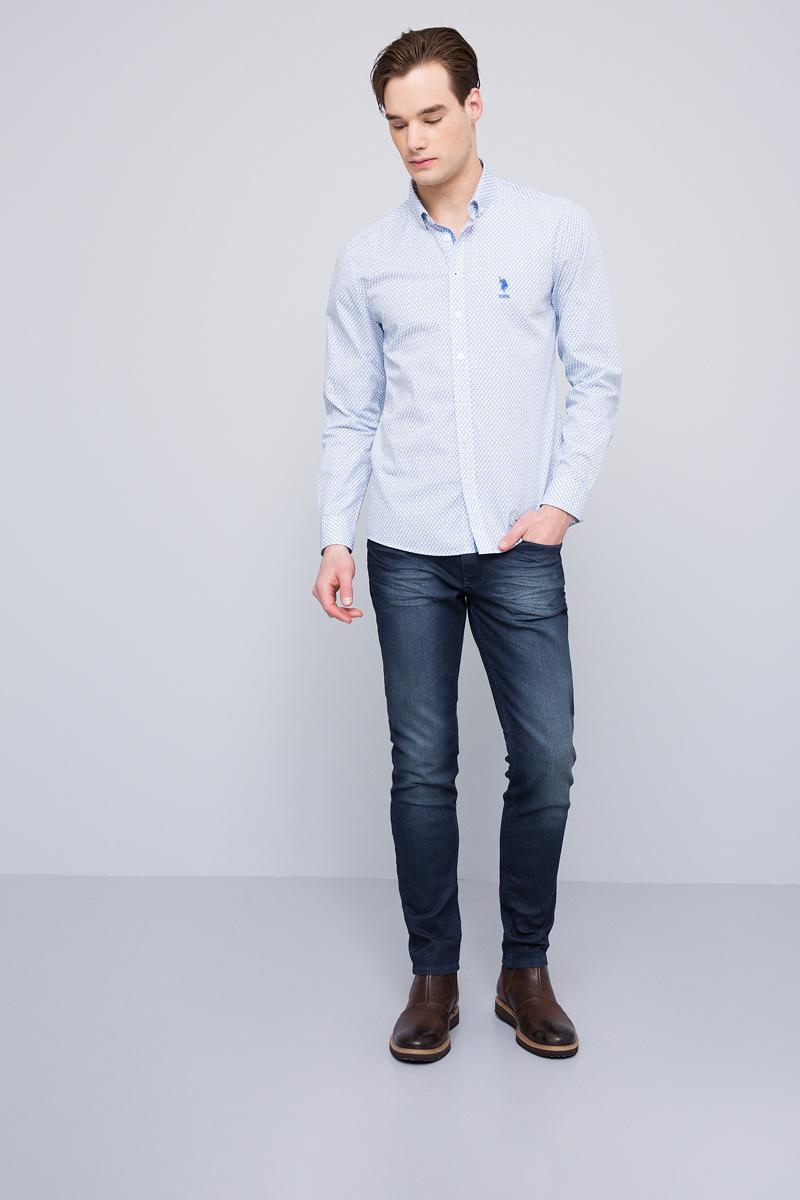 Рубашка мужская U.S. Polo Assn., цвет: белый. G081GL004ARMASTERY. Размер L (52)G081GL004ARMASTERYПриталенная мужская рубашка, выполненная из 100% хлопка, подчеркнет ваш уникальный стиль и поможет создать оригинальный образ. Такой материал великолепно пропускает воздух, обеспечивая необходимую вентиляцию, а также обладает высокой гигроскопичностью. Рубашка с длинными рукавами и отложным воротником застегивается на пуговицы спереди. Манжеты рукавов также застегиваются на пуговицы.