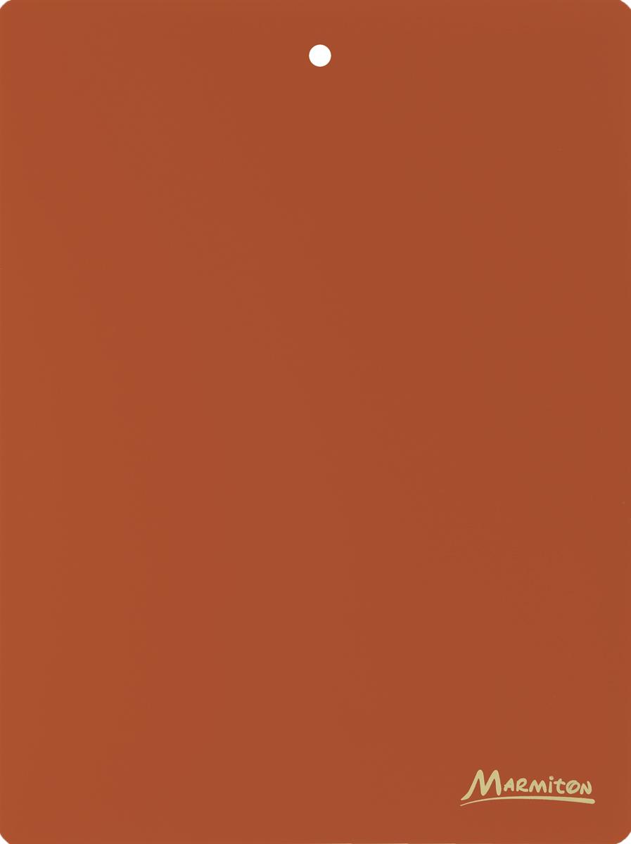 Доска разделочная Marmiton, гибкая, цвет: коричневый, 38 х 28 см17028_коричневыйГибкая разделочная доска Marmiton прекрасно подходит для разделки всех видовпищевых продуктов. Изготовлена из гибкого одноцветного пластика для удобствапереноски и высыпания. Изделие оснащено отверстием для подвешивания на крючок. Можно мыть в посудомоечной машине.
