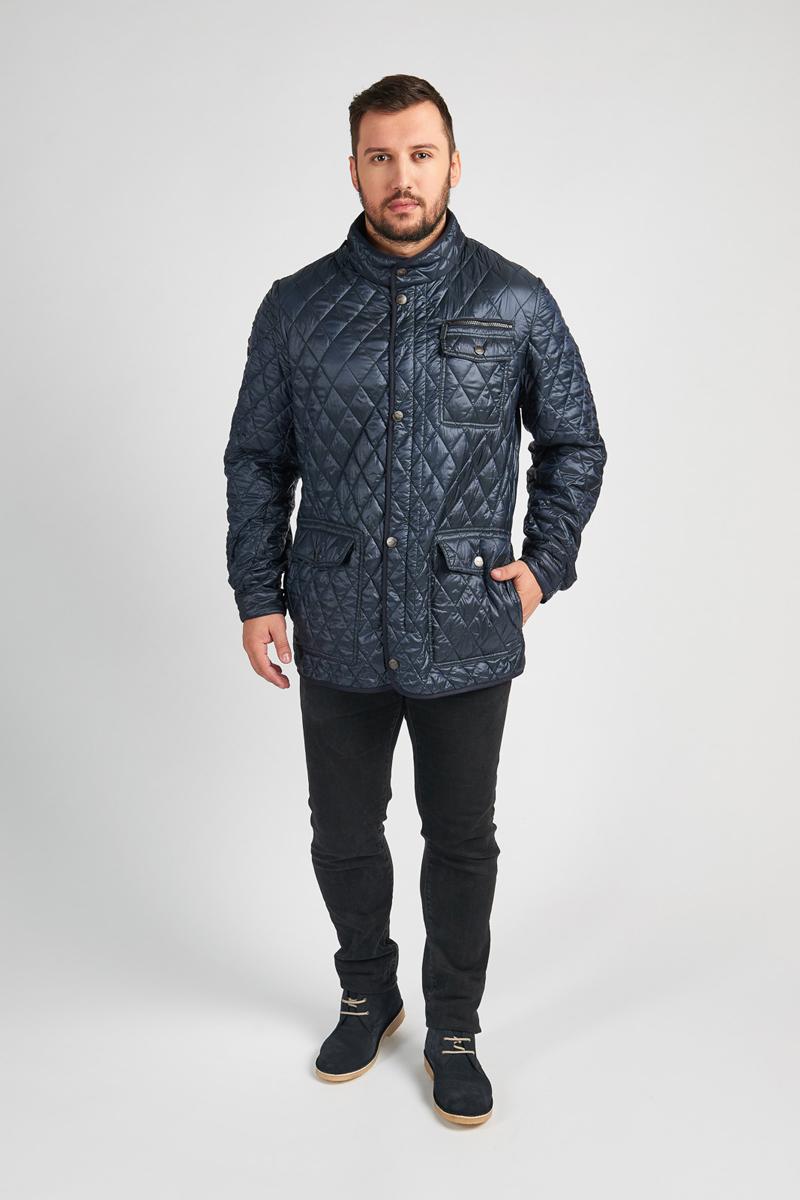Куртка мужская Vizani, цвет: синий. 10583С_99. Размер 5610583С_99Мужская куртка Vizani выполнена из высококачественного материала. Стеганная модель с воротником-стойкой застегивается на кнопки. Куртка дополнена карманами.