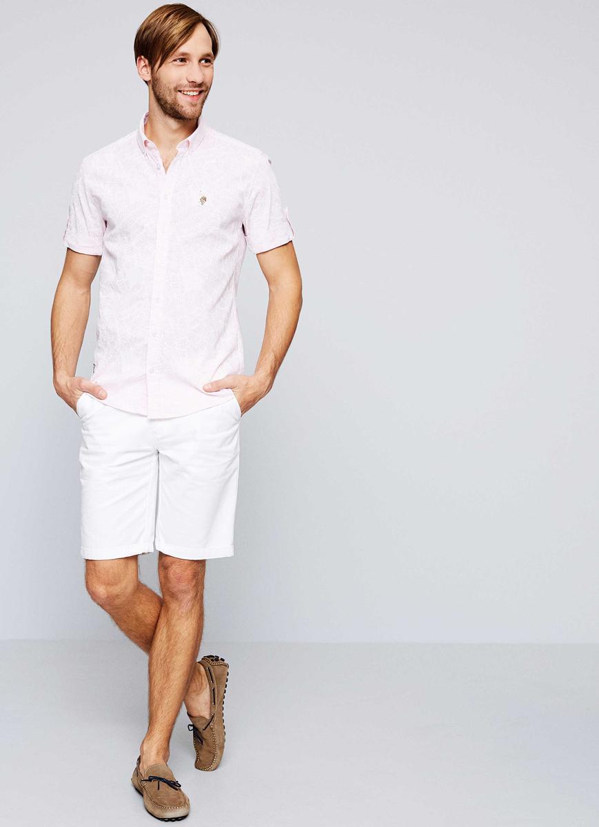 Рубашка мужская U.S. Polo Assn., цвет: розовый. G081SZ004ACTOLOTY. Размер L (52)G081SZ004ACTOLOTYПриталенная мужская рубашка, выполненная из хлопка c добавлением льна, подчеркнет ваш уникальный стиль и поможет создать оригинальный образ. Такой материал великолепно пропускает воздух, обеспечивая необходимую вентиляцию, а также обладает высокой гигроскопичностью. Рубашка с короткими рукавами и отложным воротником застегивается на пуговицы спереди.